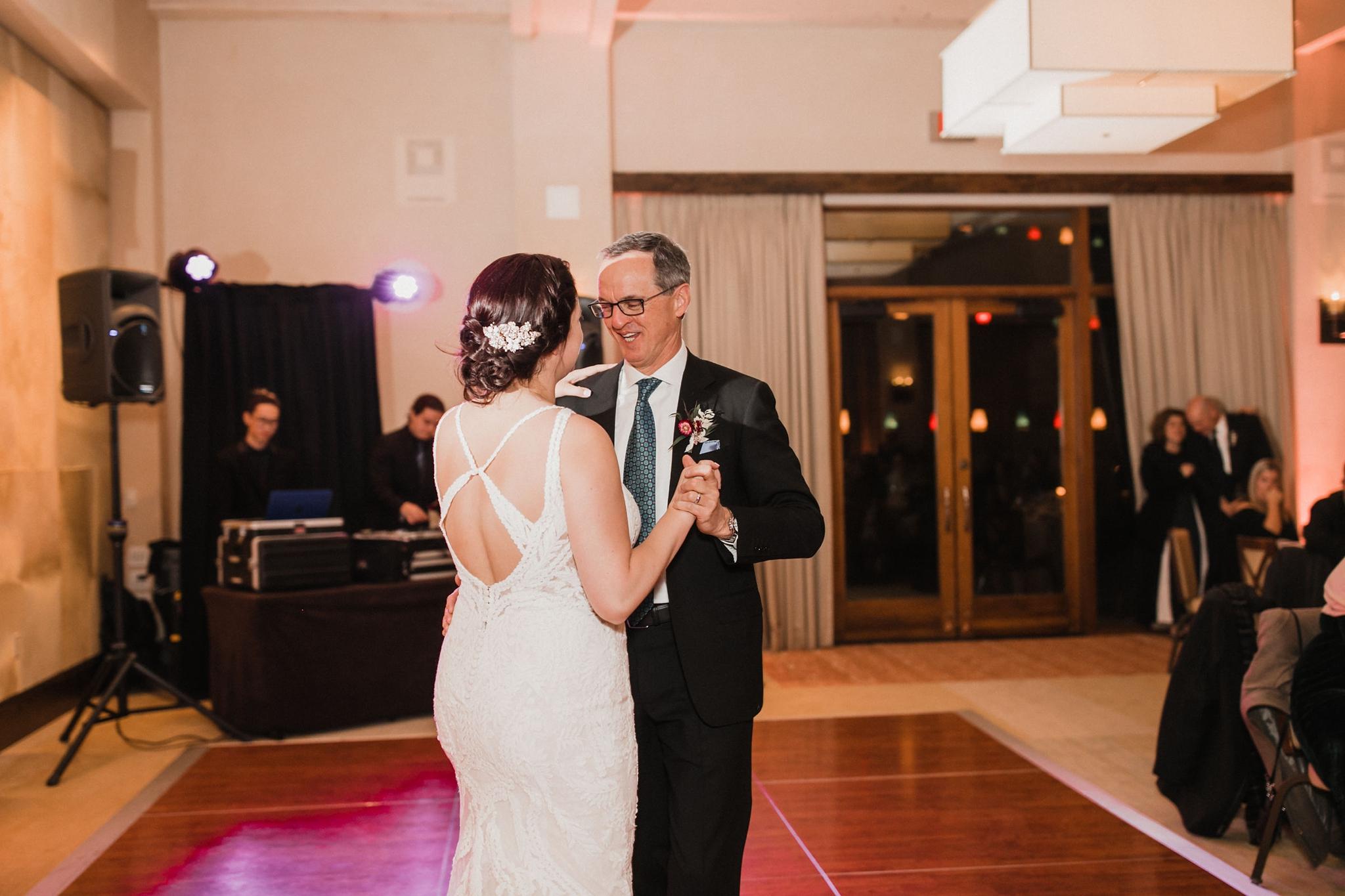 Alicia+lucia+photography+-+albuquerque+wedding+photographer+-+santa+fe+wedding+photography+-+new+mexico+wedding+photographer+-+new+mexico+wedding+-+santa+fe+wedding+-+four+seasons+wedding+-+winter+wedding_0142.jpg