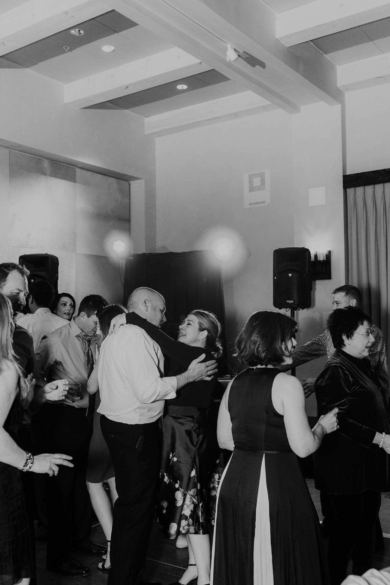 Alicia+lucia+photography+-+albuquerque+wedding+photographer+-+santa+fe+wedding+photography+-+new+mexico+wedding+photographer+-+new+mexico+wedding+-+santa+fe+wedding+-+four+seasons+wedding+-+winter+wedding_0155.jpg