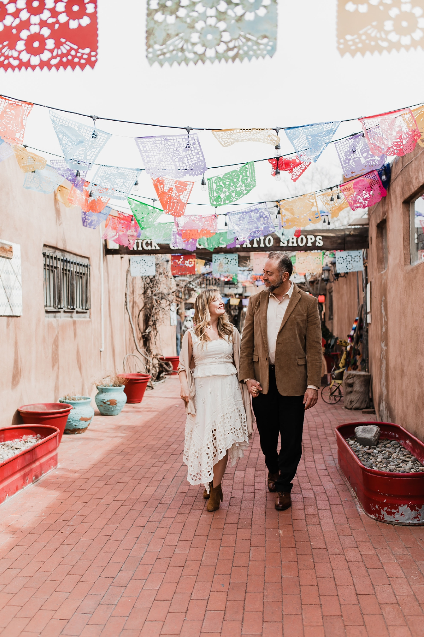 Alicia+lucia+photography+-+albuquerque+wedding+photographer+-+santa+fe+wedding+photography+-+new+mexico+wedding+photographer+-+new+mexico+engagement+-+albuquerque+engagement+-+old+town+engagement_0007.jpg