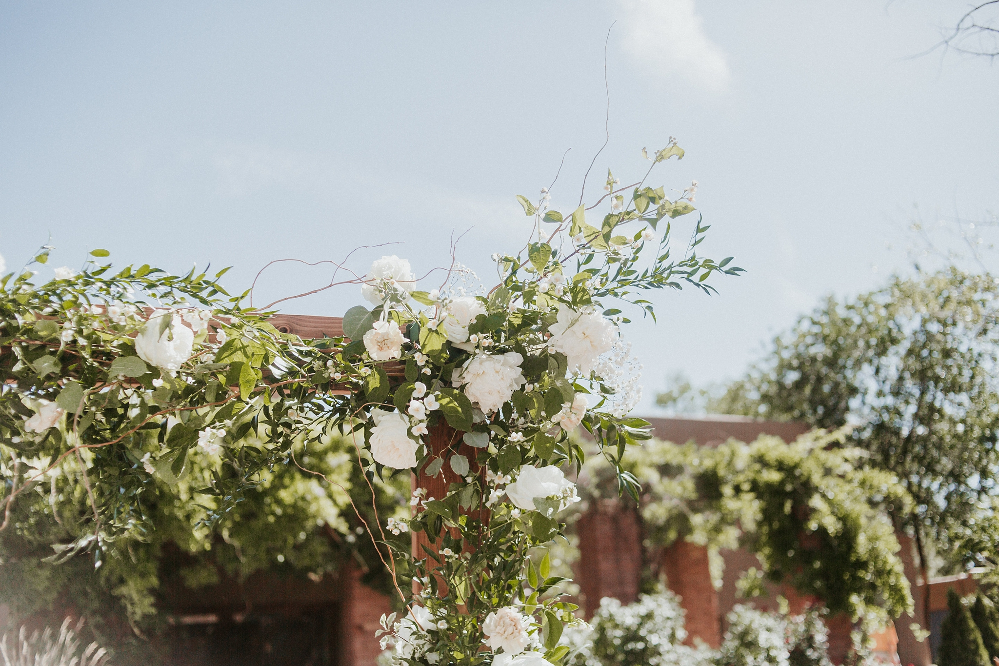 Alicia+lucia+photography+-+albuquerque+wedding+photographer+-+santa+fe+wedding+photography+-+new+mexico+wedding+photographer+-+new+mexico+florist+-+wedding+florist+-+renegade+floral_0010.jpg