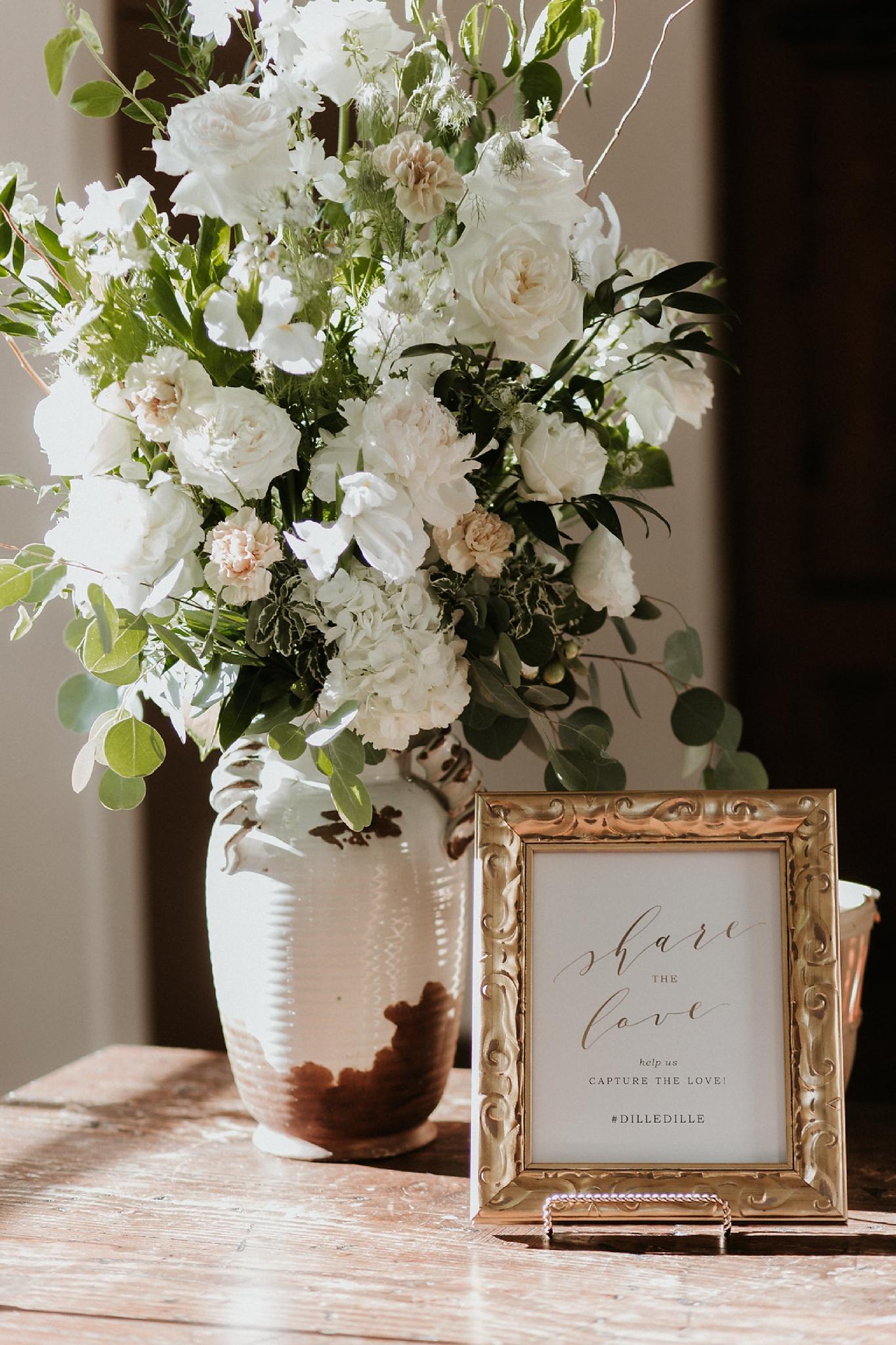Alicia+lucia+photography+-+albuquerque+wedding+photographer+-+santa+fe+wedding+photography+-+new+mexico+wedding+photographer+-+new+mexico+florist+-+wedding+florist+-+renegade+floral_0015.jpg