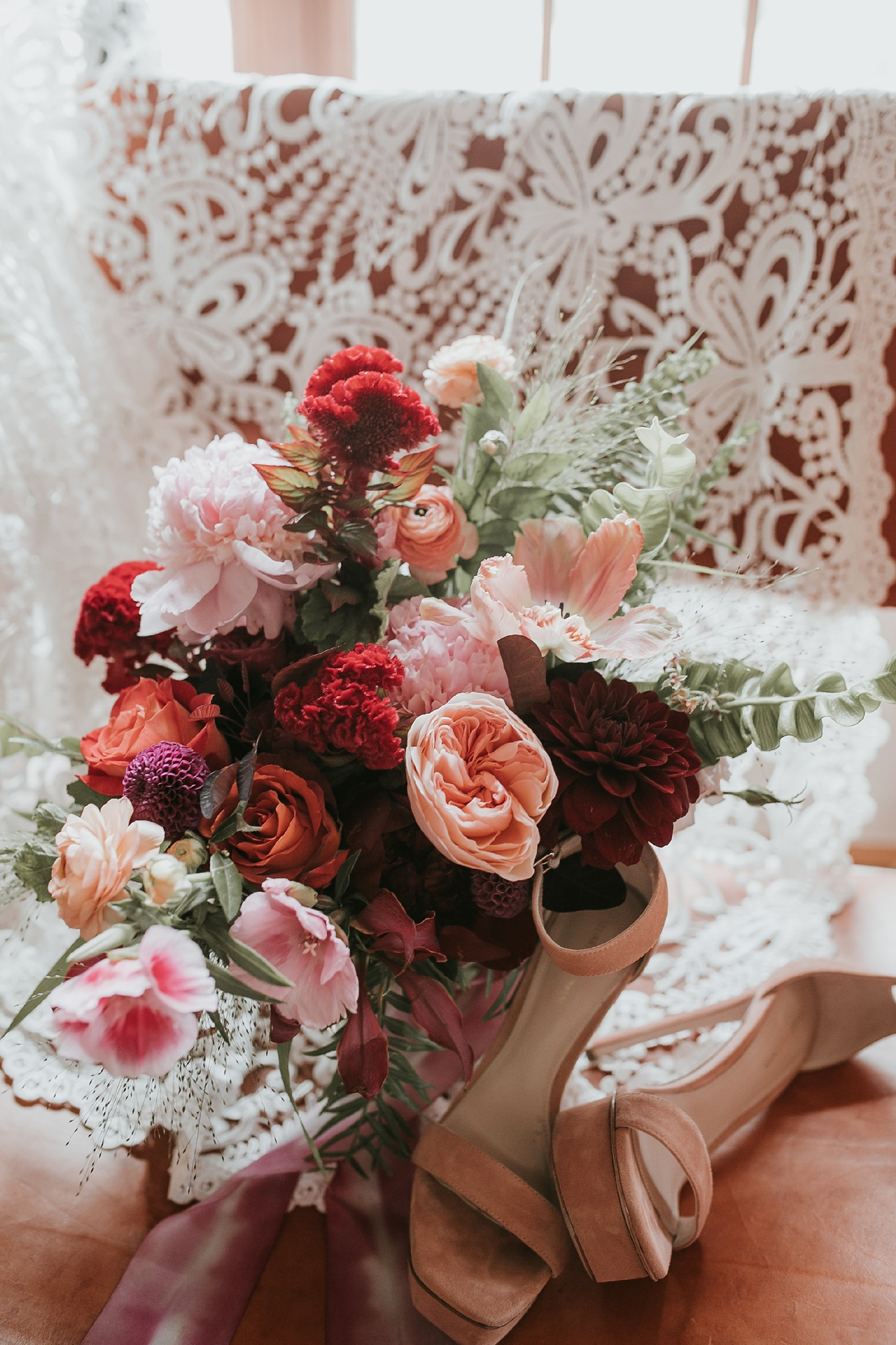 Alicia+lucia+photography+-+albuquerque+wedding+photographer+-+santa+fe+wedding+photography+-+new+mexico+wedding+photographer+-+new+mexico+florist+-+wedding+florist+-+renegade+floral_0025.jpg