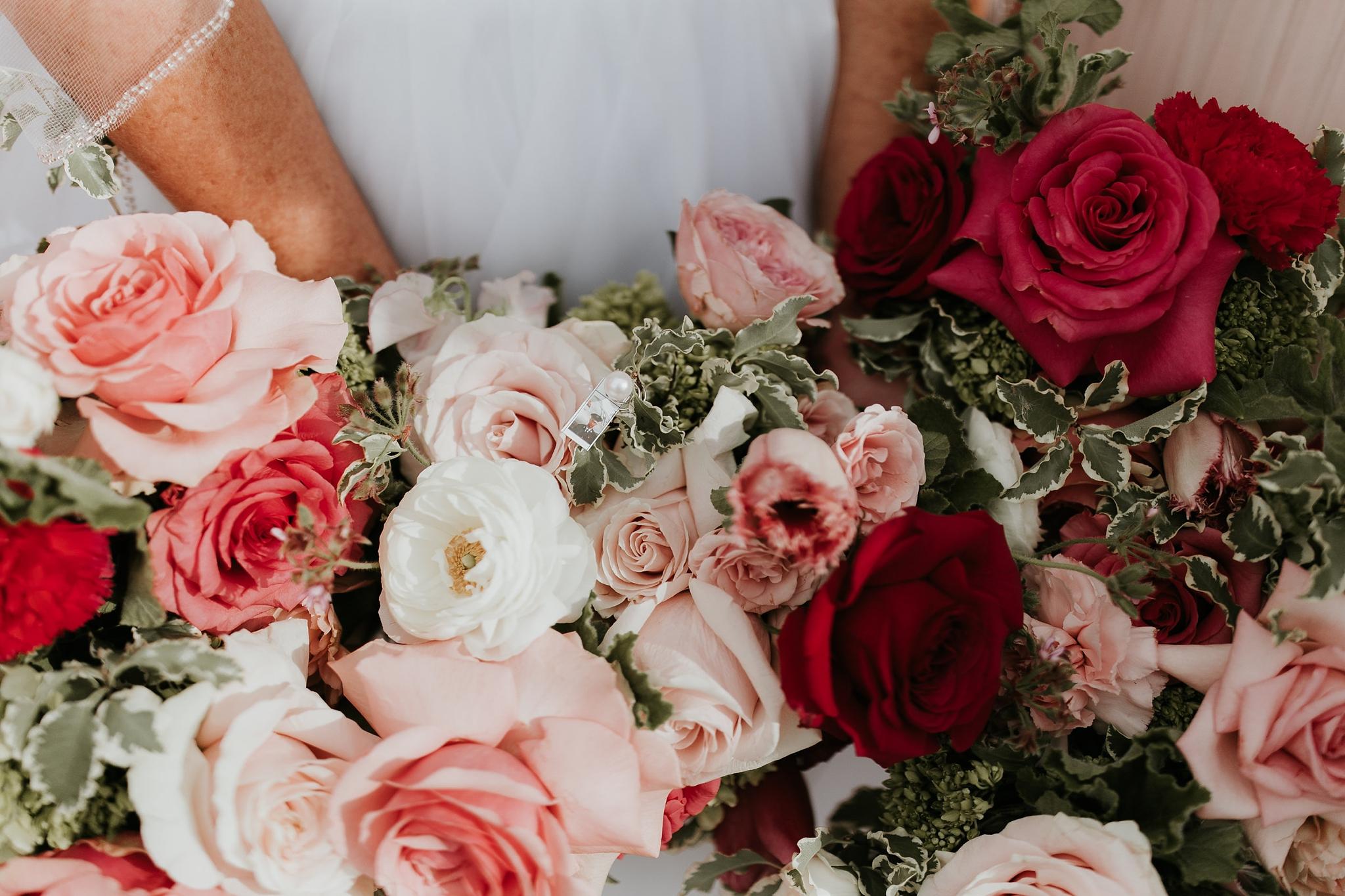 Alicia+lucia+photography+-+albuquerque+wedding+photographer+-+santa+fe+wedding+photography+-+new+mexico+wedding+photographer+-+new+mexico+florist+-+wedding+florist+-+renegade+floral_0054.jpg