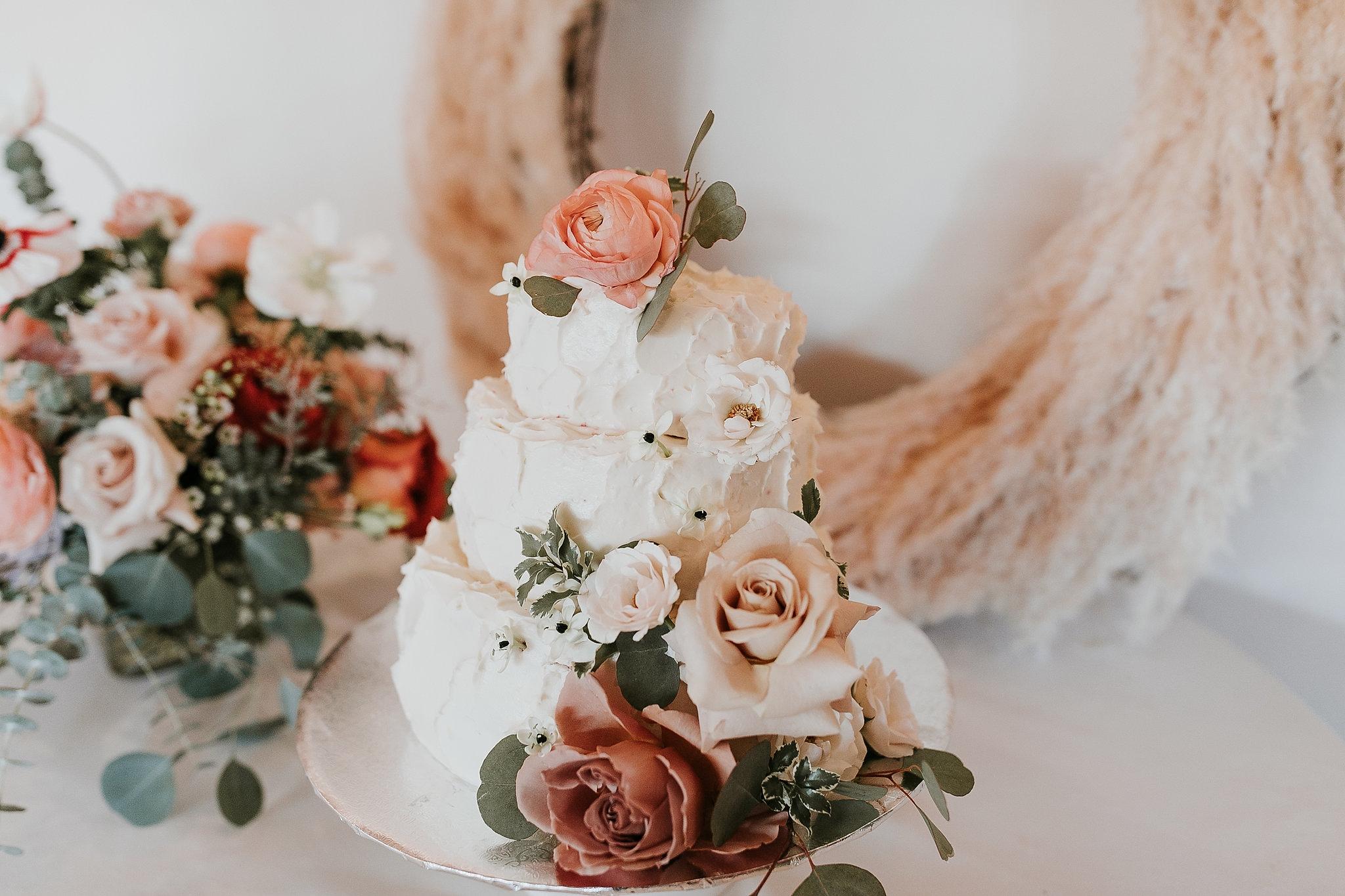 Alicia+lucia+photography+-+albuquerque+wedding+photographer+-+santa+fe+wedding+photography+-+new+mexico+wedding+photographer+-+new+mexico+florist+-+wedding+florist+-+renegade+floral_0058.jpg