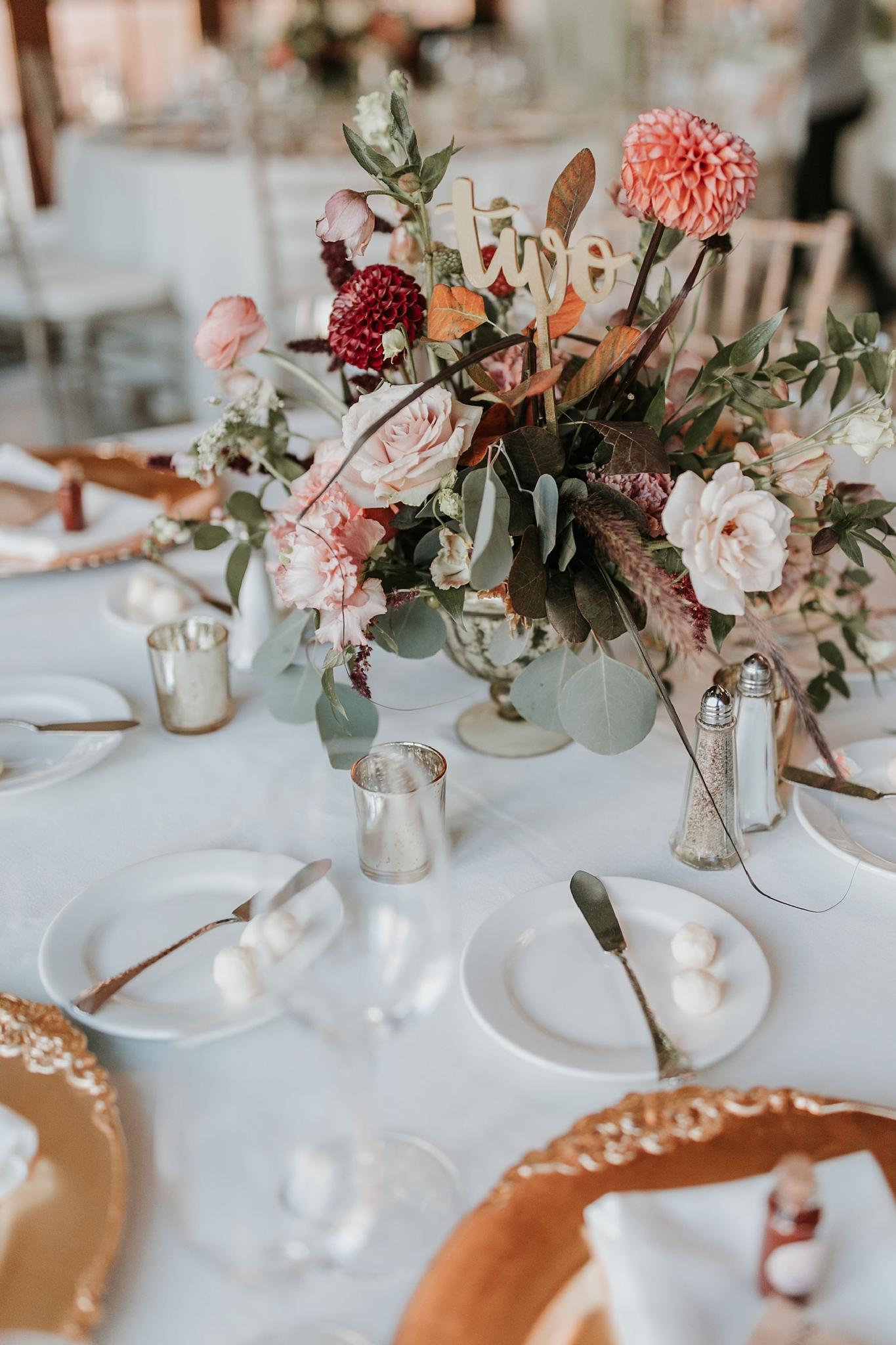 Alicia+lucia+photography+-+albuquerque+wedding+photographer+-+santa+fe+wedding+photography+-+new+mexico+wedding+photographer+-+new+mexico+florist+-+wedding+florist+-+renegade+floral_0108.jpg