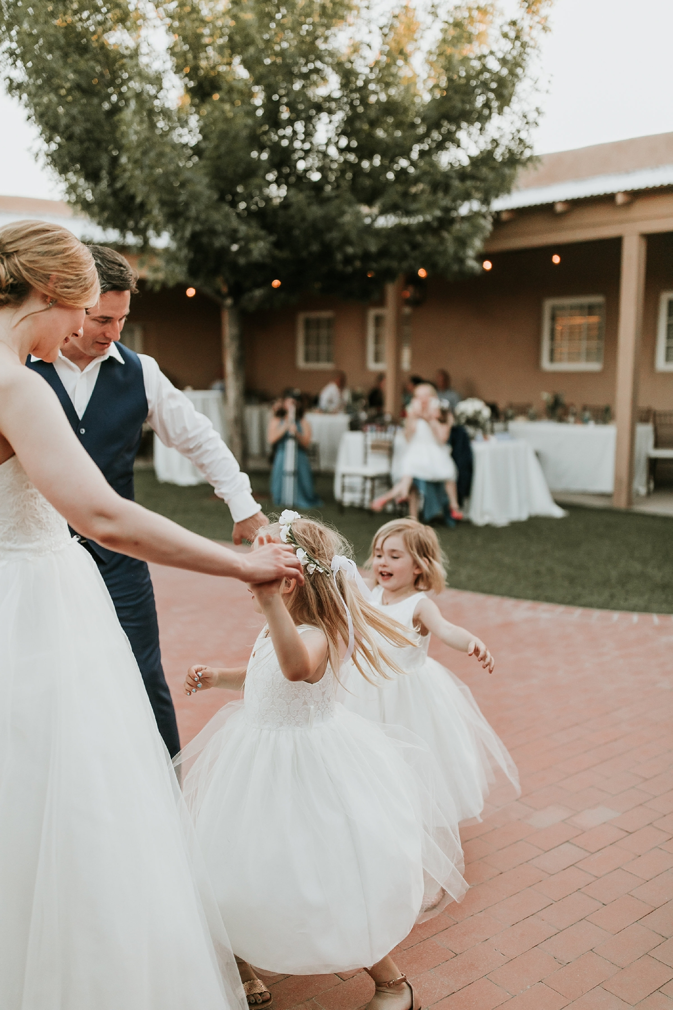 Alicia+lucia+photography+-+albuquerque+wedding+photographer+-+santa+fe+wedding+photography+-+new+mexico+wedding+photographer+-+new+mexico+wedding+-+flower+girl+-+wedding+flower+girl_0053.jpg