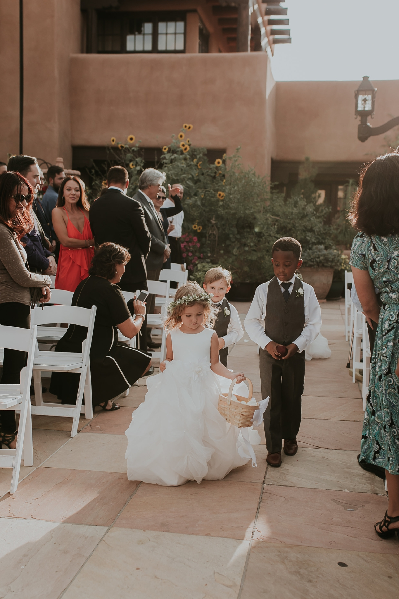 Alicia+lucia+photography+-+albuquerque+wedding+photographer+-+santa+fe+wedding+photography+-+new+mexico+wedding+photographer+-+new+mexico+wedding+-+flower+girl+-+wedding+flower+girl_0074.jpg
