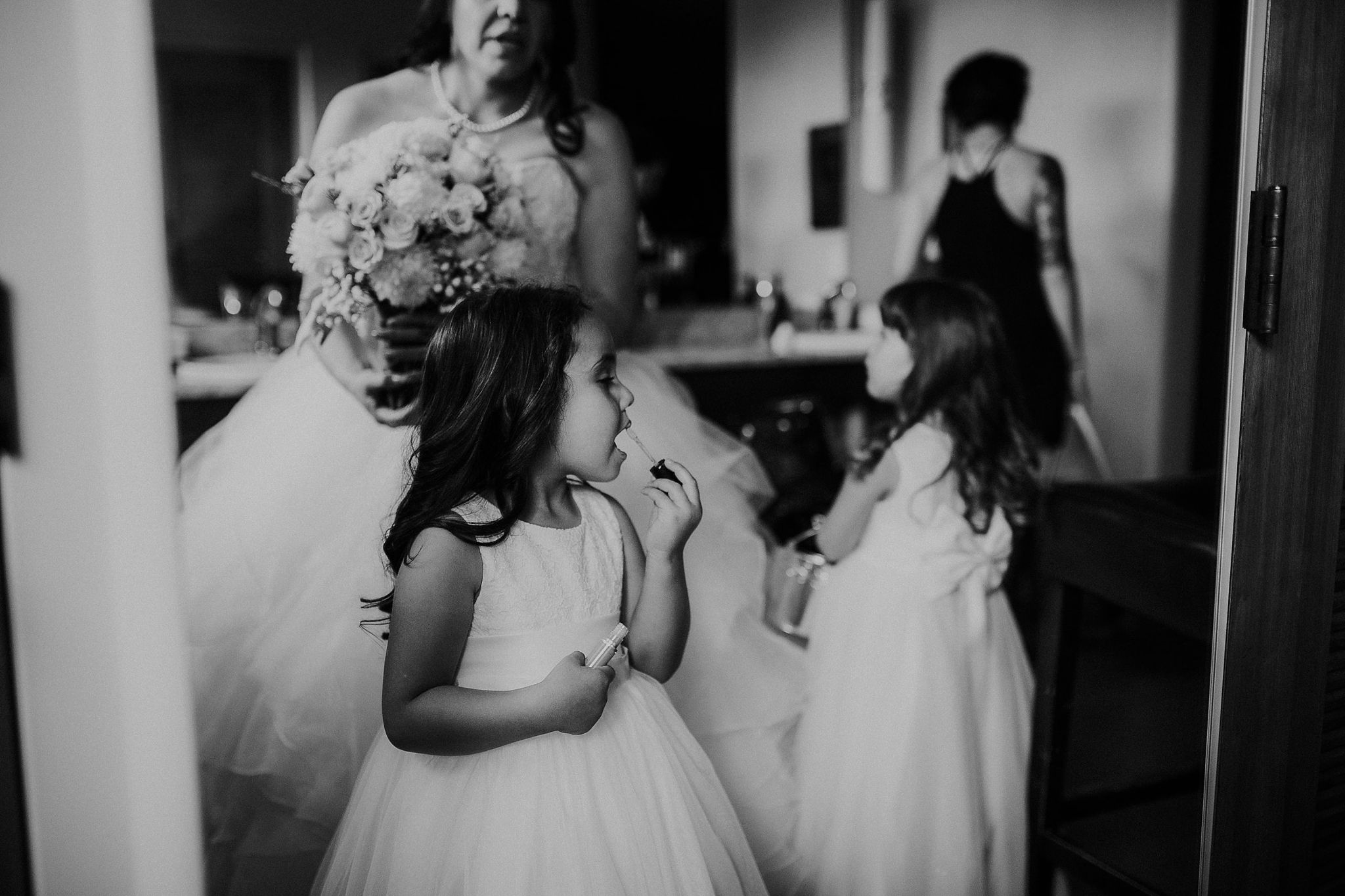 Alicia+lucia+photography+-+albuquerque+wedding+photographer+-+santa+fe+wedding+photography+-+new+mexico+wedding+photographer+-+new+mexico+wedding+-+flower+girl+-+wedding+flower+girl_0083.jpg