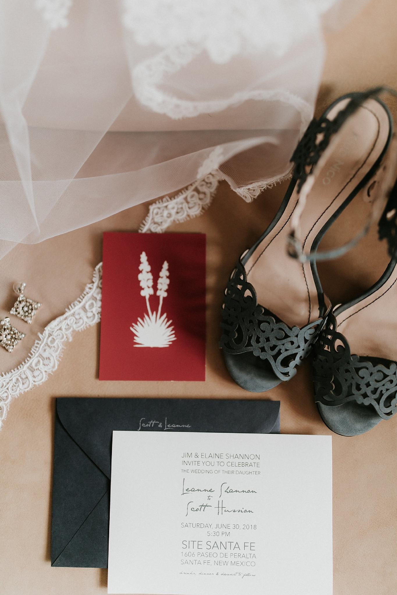 Alicia+lucia+photography+-+albuquerque+wedding+photographer+-+santa+fe+wedding+photography+-+new+mexico+wedding+photographer+-+new+mexico+wedding+-+wedding+invitations+-+invitation+suite+-+wedding+inspo_0004.jpg