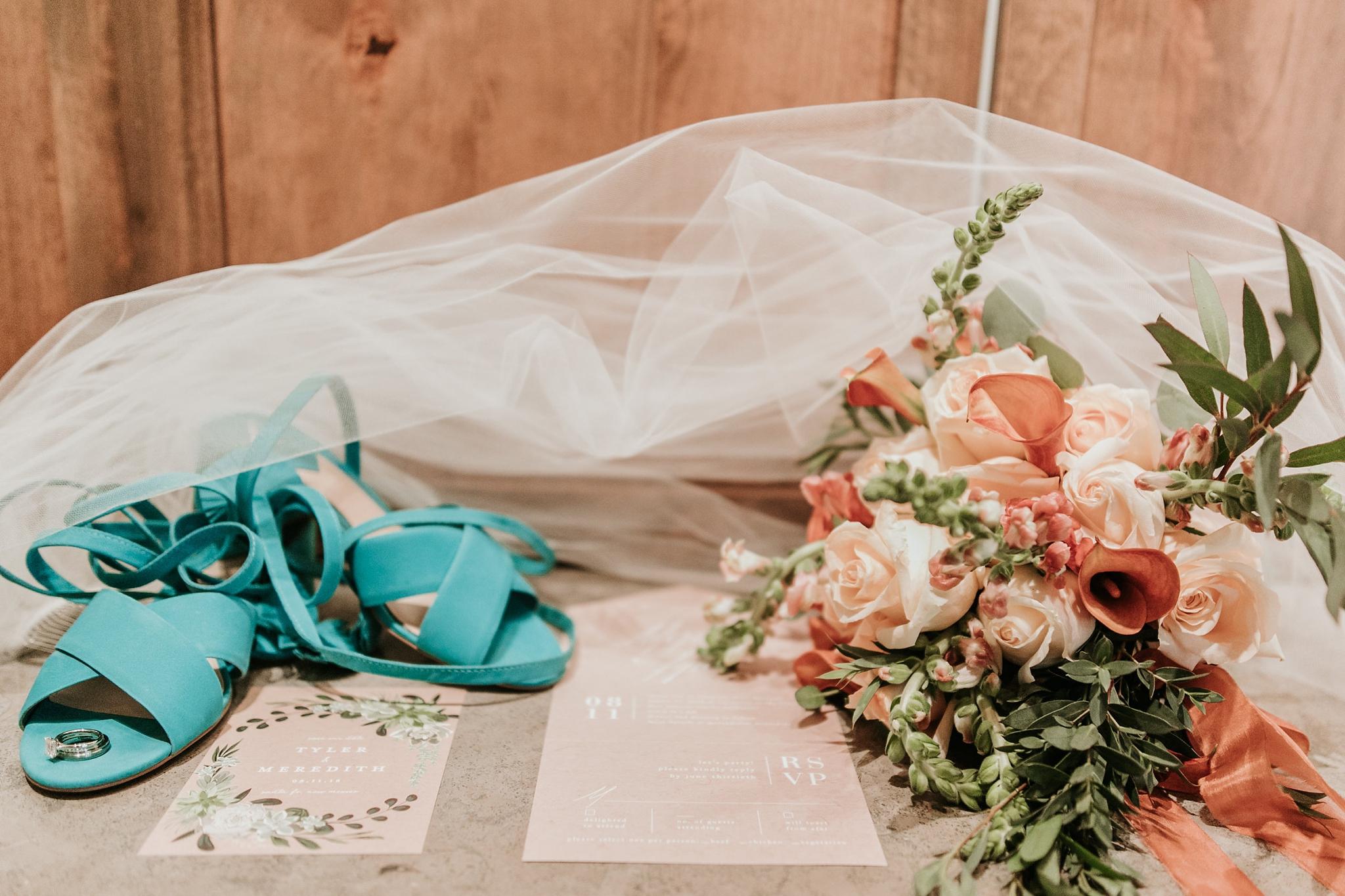 Alicia+lucia+photography+-+albuquerque+wedding+photographer+-+santa+fe+wedding+photography+-+new+mexico+wedding+photographer+-+new+mexico+wedding+-+wedding+invitations+-+invitation+suite+-+wedding+inspo_0026.jpg