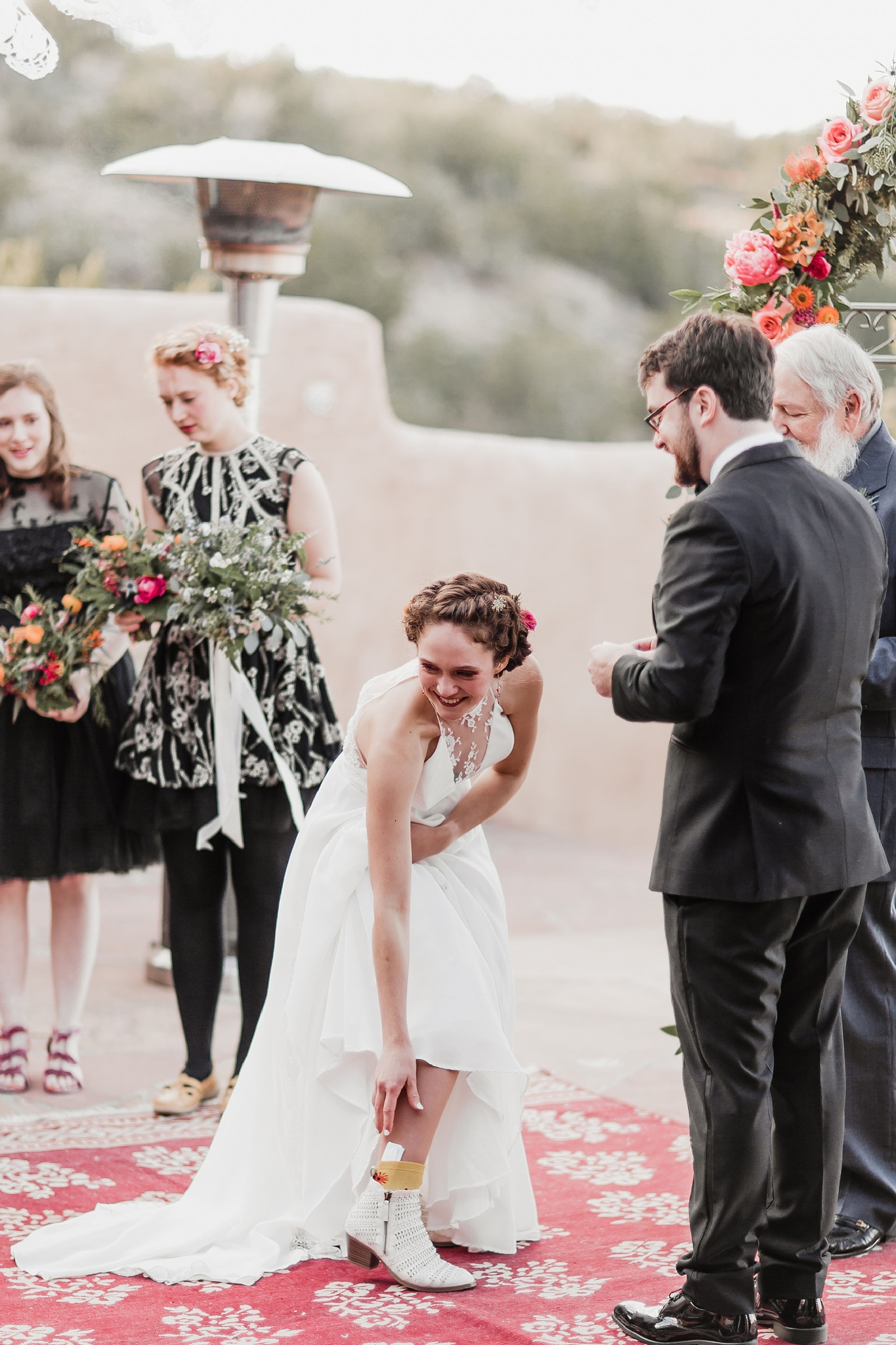 Alicia+lucia+photography+-+albuquerque+wedding+photographer+-+santa+fe+wedding+photography+-+new+mexico+wedding+photographer+-+new+mexico+wedding+-+wedding+vows+-+writing+your+own+vows+-+wedding+inspo_0030.jpg