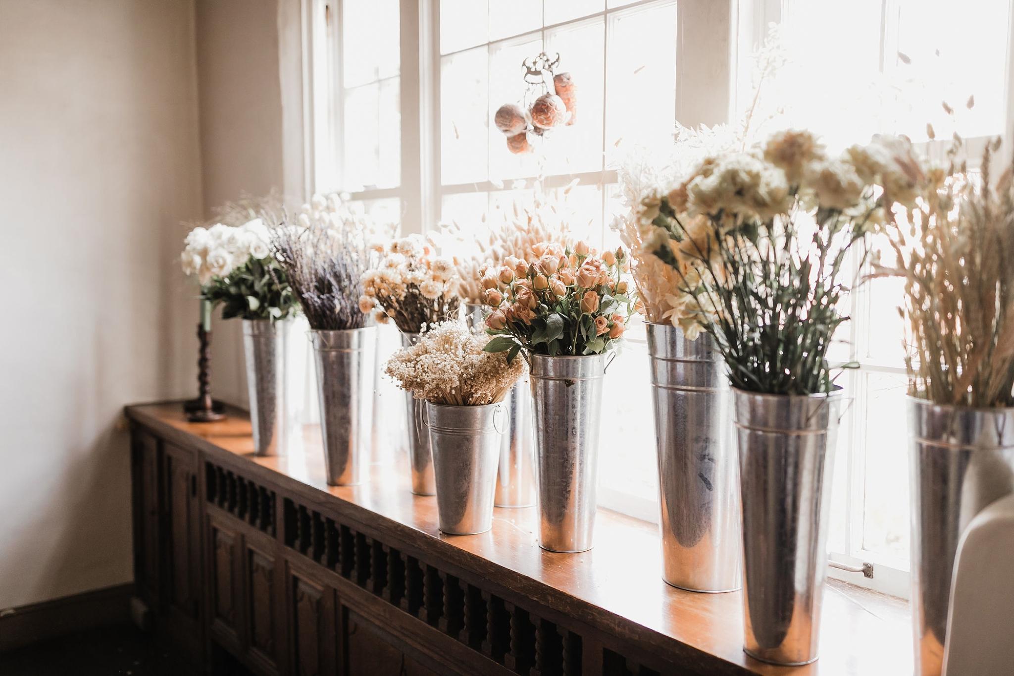 Alicia+lucia+photography+-+albuquerque+wedding+photographer+-+santa+fe+wedding+photography+-+new+mexico+wedding+photographer+-+new+mexico+wedding+-+new+mexico+florist+-+floriography+flowers+-+floriography+flowers+new+mexico+-+wedding+florist_0019.jpg