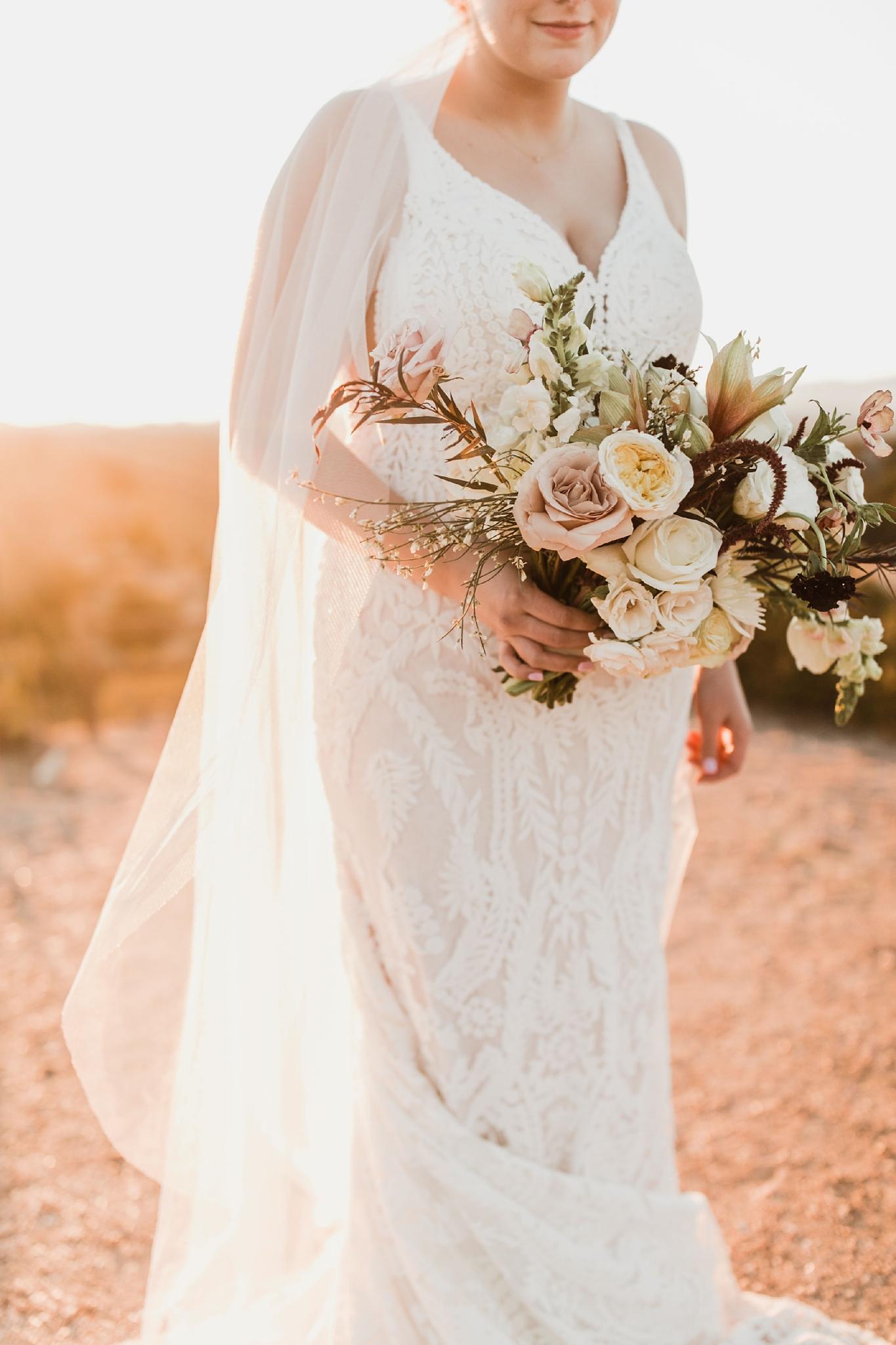 Alicia+lucia+photography+-+albuquerque+wedding+photographer+-+santa+fe+wedding+photography+-+new+mexico+wedding+photographer+-+new+mexico+wedding+-+new+mexico+florist+-+floriography+flowers+-+floriography+flowers+new+mexico+-+wedding+florist_0026.jpg