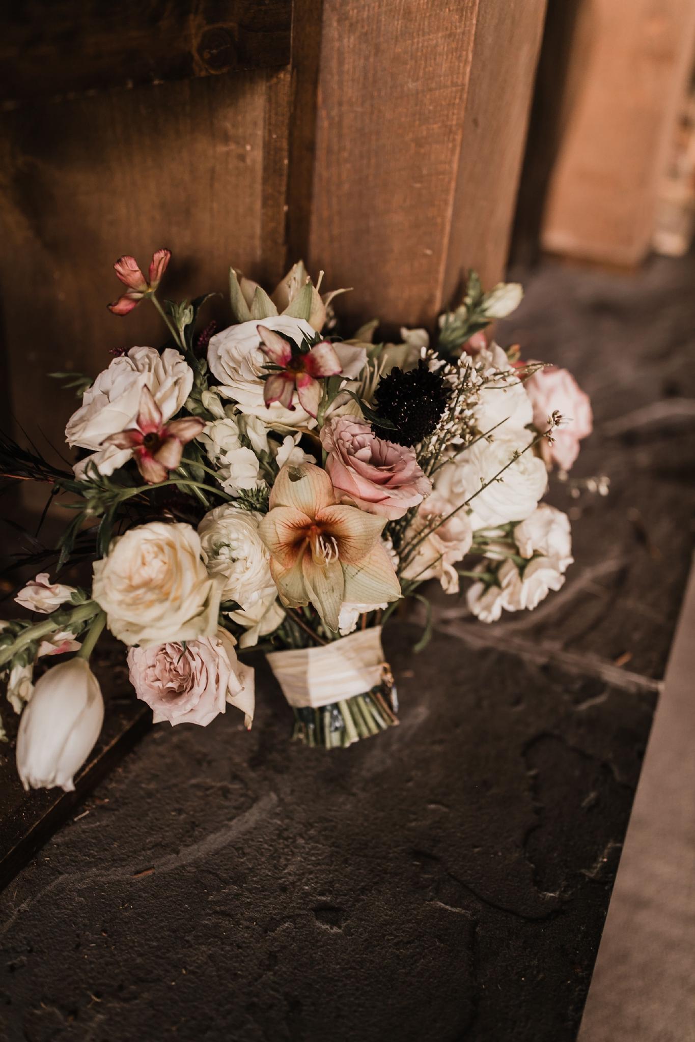 Alicia+lucia+photography+-+albuquerque+wedding+photographer+-+santa+fe+wedding+photography+-+new+mexico+wedding+photographer+-+new+mexico+wedding+-+new+mexico+florist+-+floriography+flowers+-+floriography+flowers+new+mexico+-+wedding+florist_0027.jpg