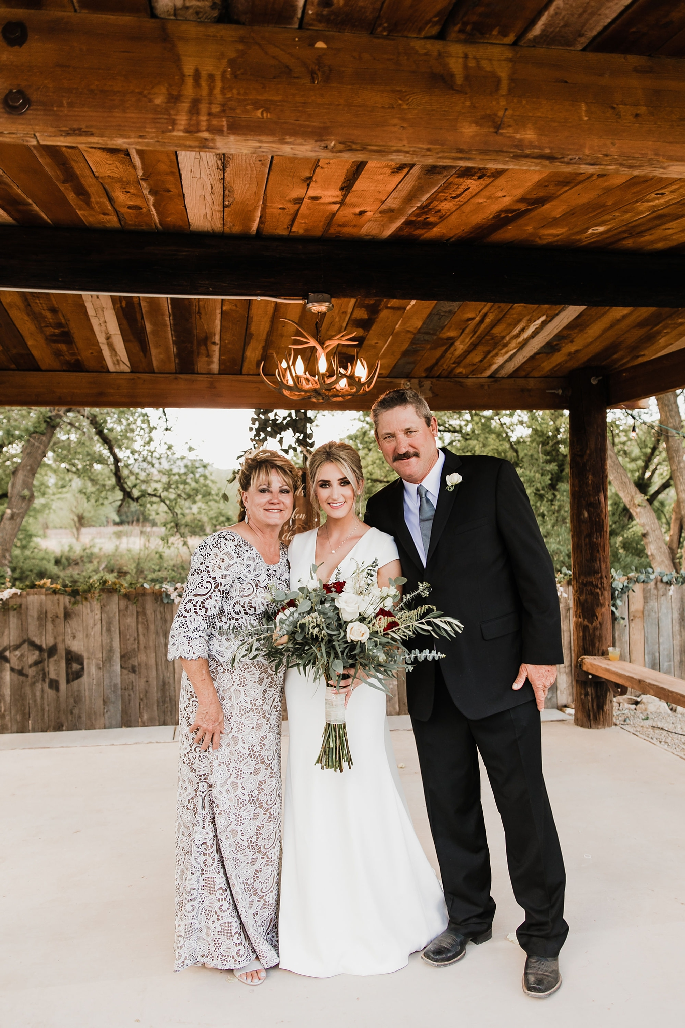 Alicia+lucia+photography+-+albuquerque+wedding+photographer+-+santa+fe+wedding+photography+-+new+mexico+wedding+photographer+-+new+mexico+wedding+-+ruidoso+wedding+-+southern+new+mexico+wedding+-+san+patricio+wedding+-+spring+wedding_0083.jpg