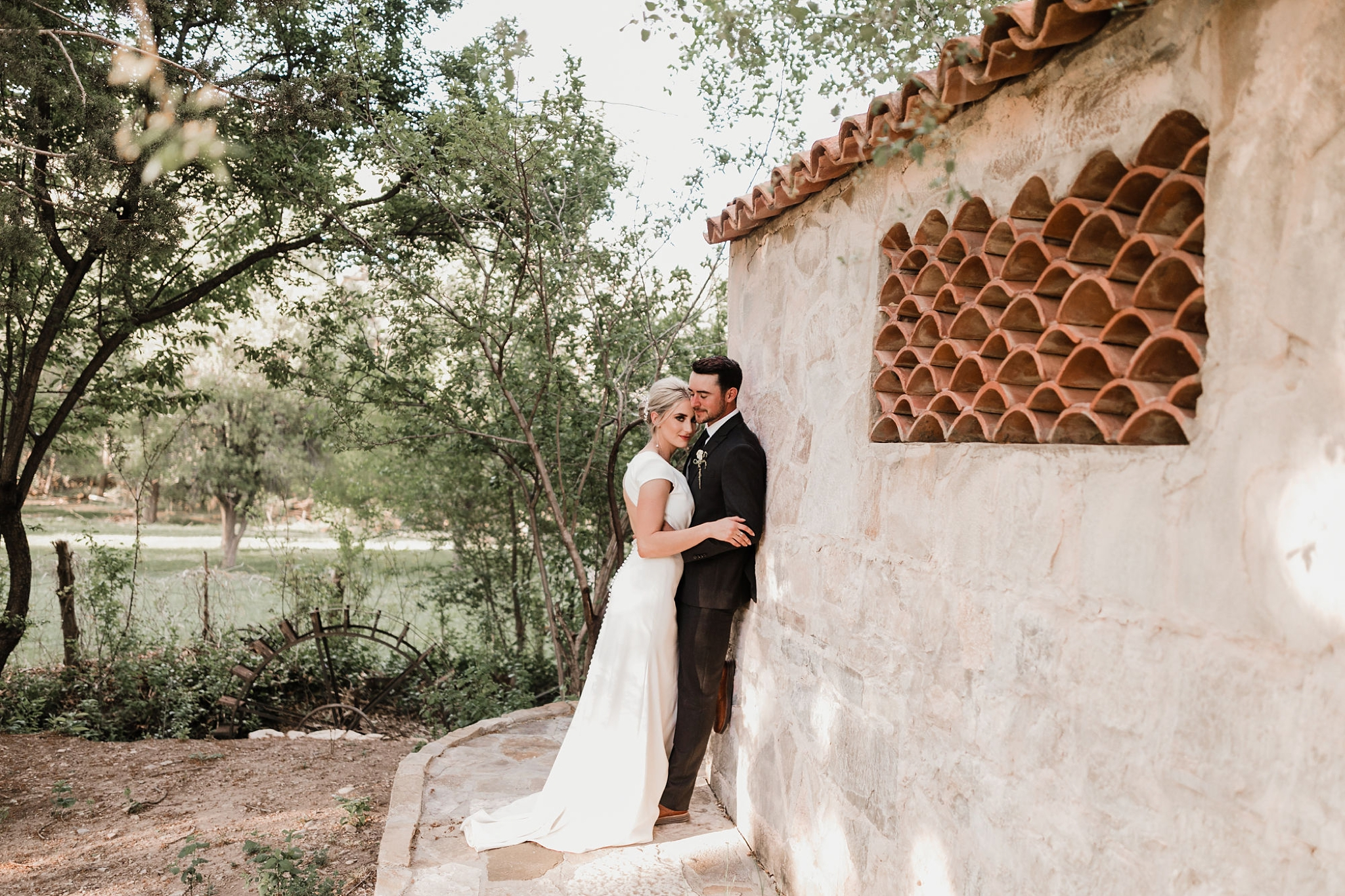 Alicia+lucia+photography+-+albuquerque+wedding+photographer+-+santa+fe+wedding+photography+-+new+mexico+wedding+photographer+-+new+mexico+wedding+-+ruidoso+wedding+-+southern+new+mexico+wedding+-+san+patricio+wedding+-+spring+wedding_0114.jpg