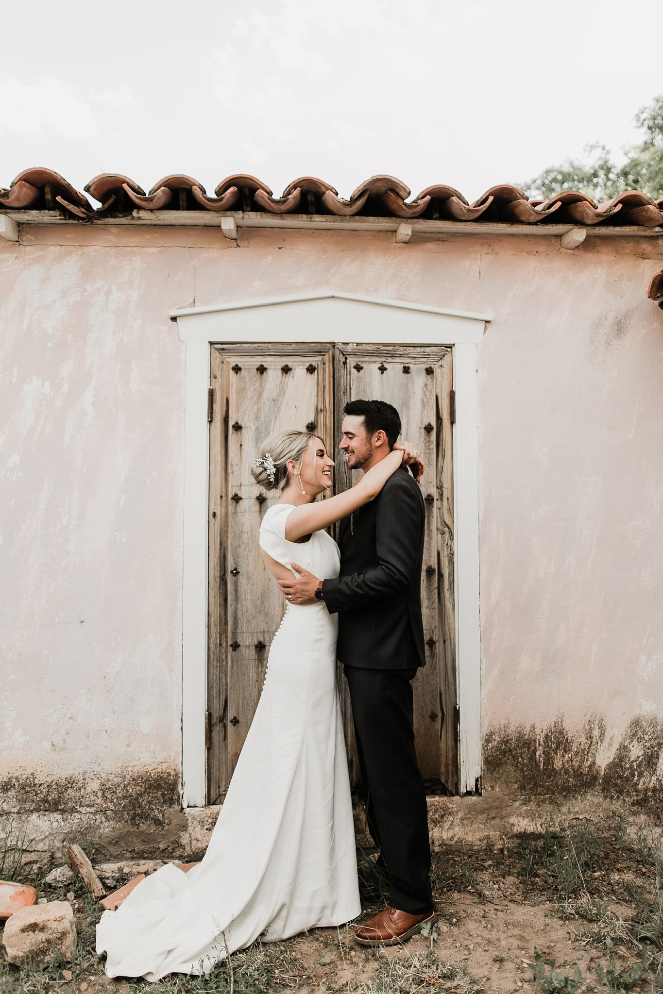 Alicia+lucia+photography+-+albuquerque+wedding+photographer+-+santa+fe+wedding+photography+-+new+mexico+wedding+photographer+-+new+mexico+wedding+-+ruidoso+wedding+-+southern+new+mexico+wedding+-+san+patricio+wedding+-+spring+wedding_0117.jpg