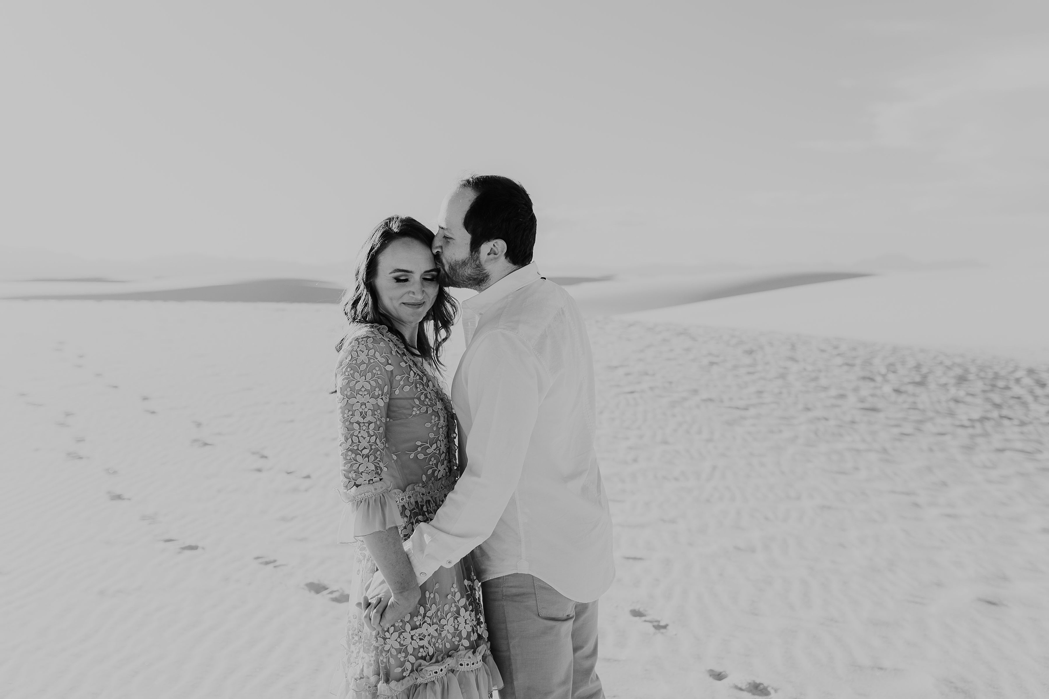 Alicia+lucia+photography+-+albuquerque+wedding+photographer+-+santa+fe+wedding+photography+-+new+mexico+wedding+photographer+-+new+mexico+wedding+-+new+mexico+engagement+-+white+sands+engagement+-+white+sands+national+monument_0014.jpg