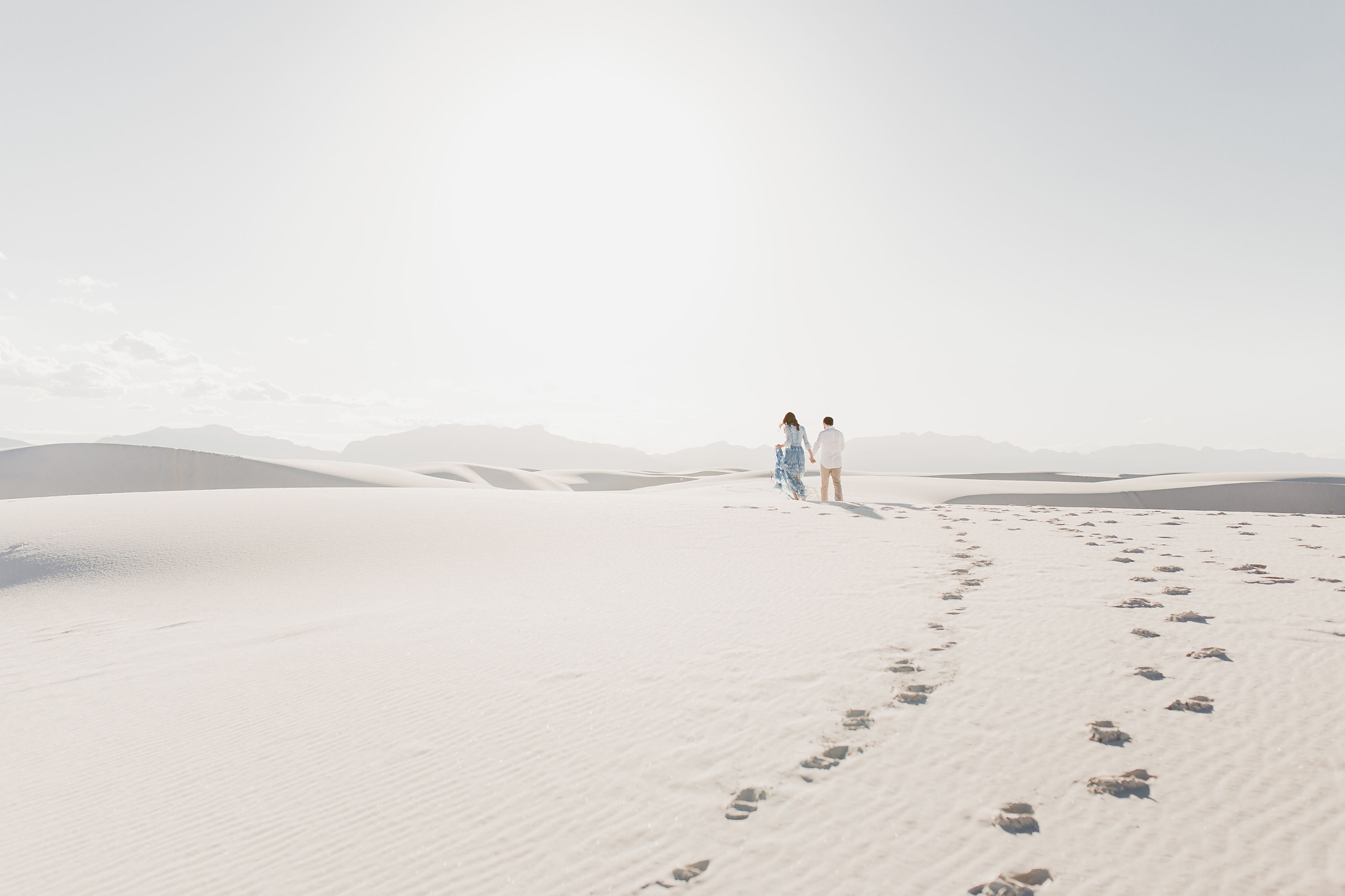 Alicia+lucia+photography+-+albuquerque+wedding+photographer+-+santa+fe+wedding+photography+-+new+mexico+wedding+photographer+-+new+mexico+wedding+-+new+mexico+engagement+-+white+sands+engagement+-+white+sands+national+monument_0015.jpg