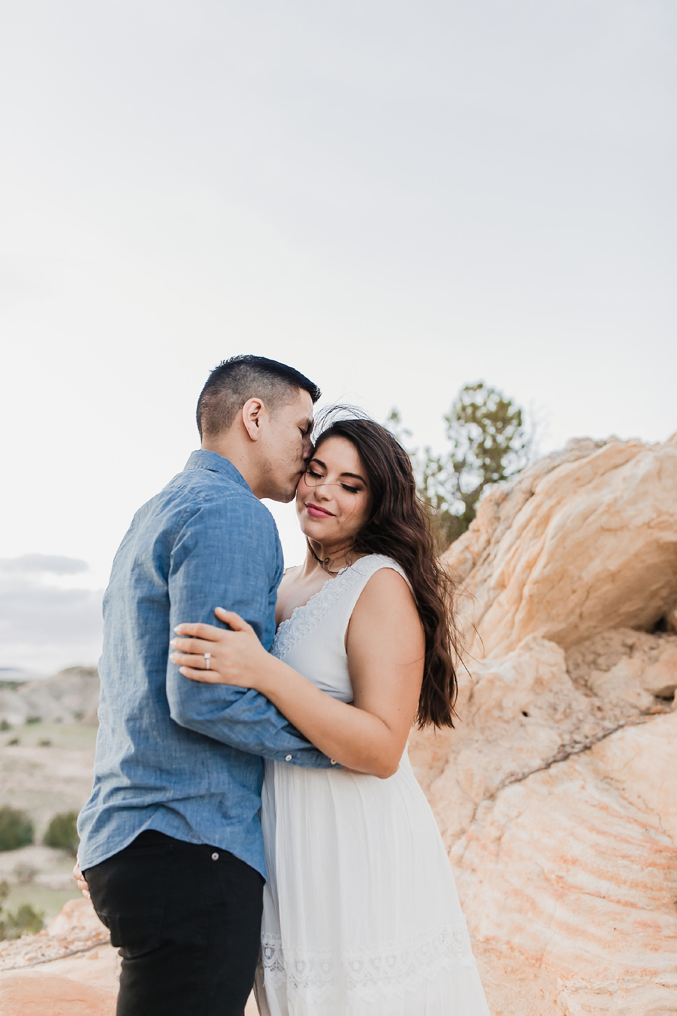 Alicia+lucia+photography+-+albuquerque+wedding+photographer+-+santa+fe+wedding+photography+-+new+mexico+wedding+photographer+-+new+mexico+wedding+-+new+mexico+engagement+-+white+mesa+engagement+-+desert+engagement_0003.jpg