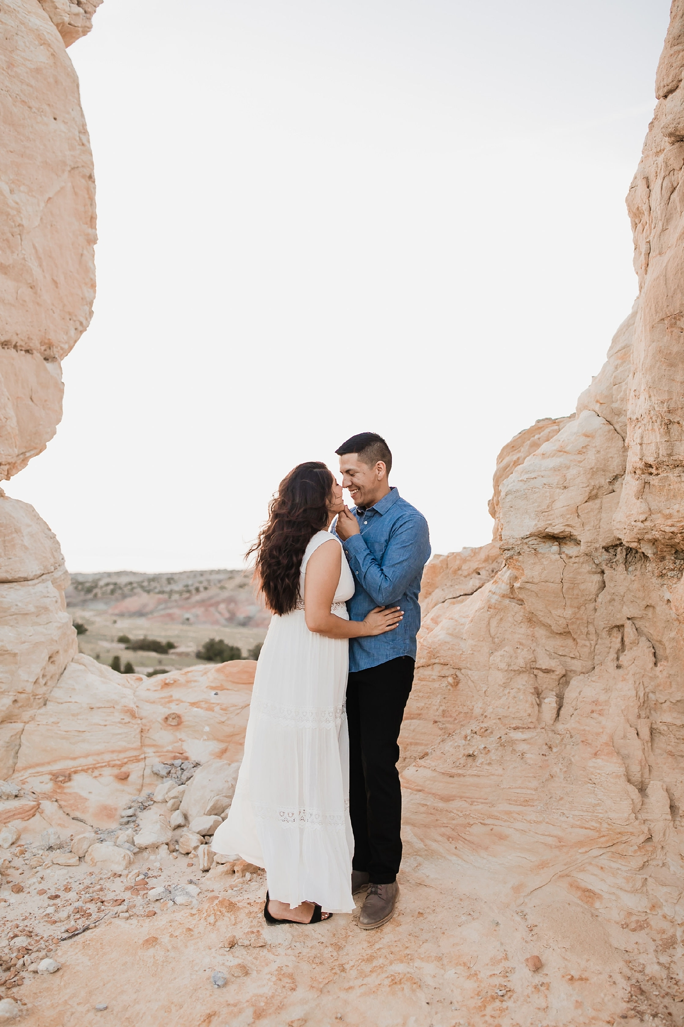 Alicia+lucia+photography+-+albuquerque+wedding+photographer+-+santa+fe+wedding+photography+-+new+mexico+wedding+photographer+-+new+mexico+wedding+-+new+mexico+engagement+-+white+mesa+engagement+-+desert+engagement_0004.jpg