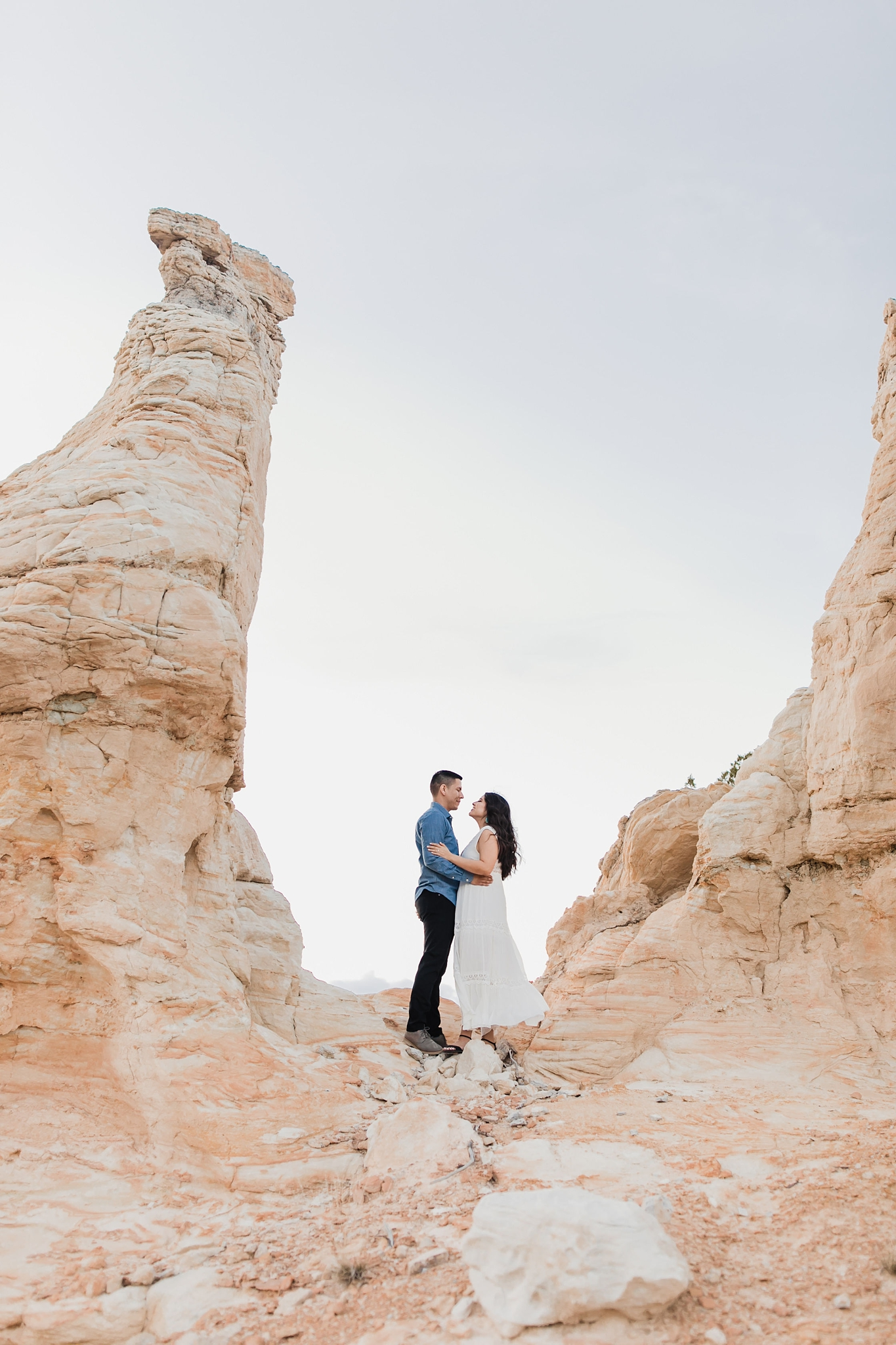 Alicia+lucia+photography+-+albuquerque+wedding+photographer+-+santa+fe+wedding+photography+-+new+mexico+wedding+photographer+-+new+mexico+wedding+-+new+mexico+engagement+-+white+mesa+engagement+-+desert+engagement_0005.jpg