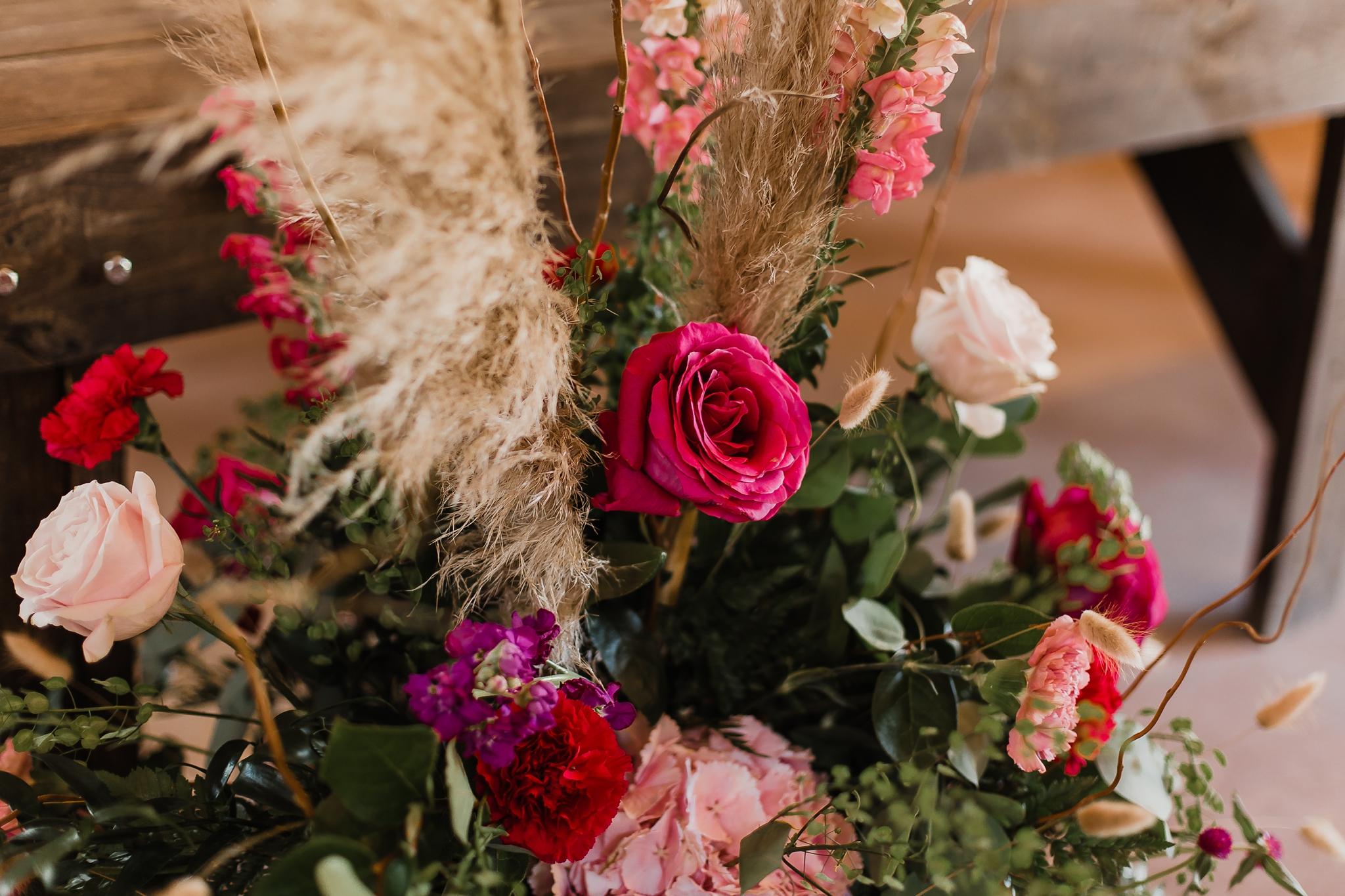 Alicia+lucia+photography+-+albuquerque+wedding+photographer+-+santa+fe+wedding+photography+-+new+mexico+wedding+photographer+-+new+mexico+wedding+-+new+mexico+wedding+-+barn+wedding+-+enchanted+vine+barn+wedding+-+ruidoso+wedding_0050.jpg