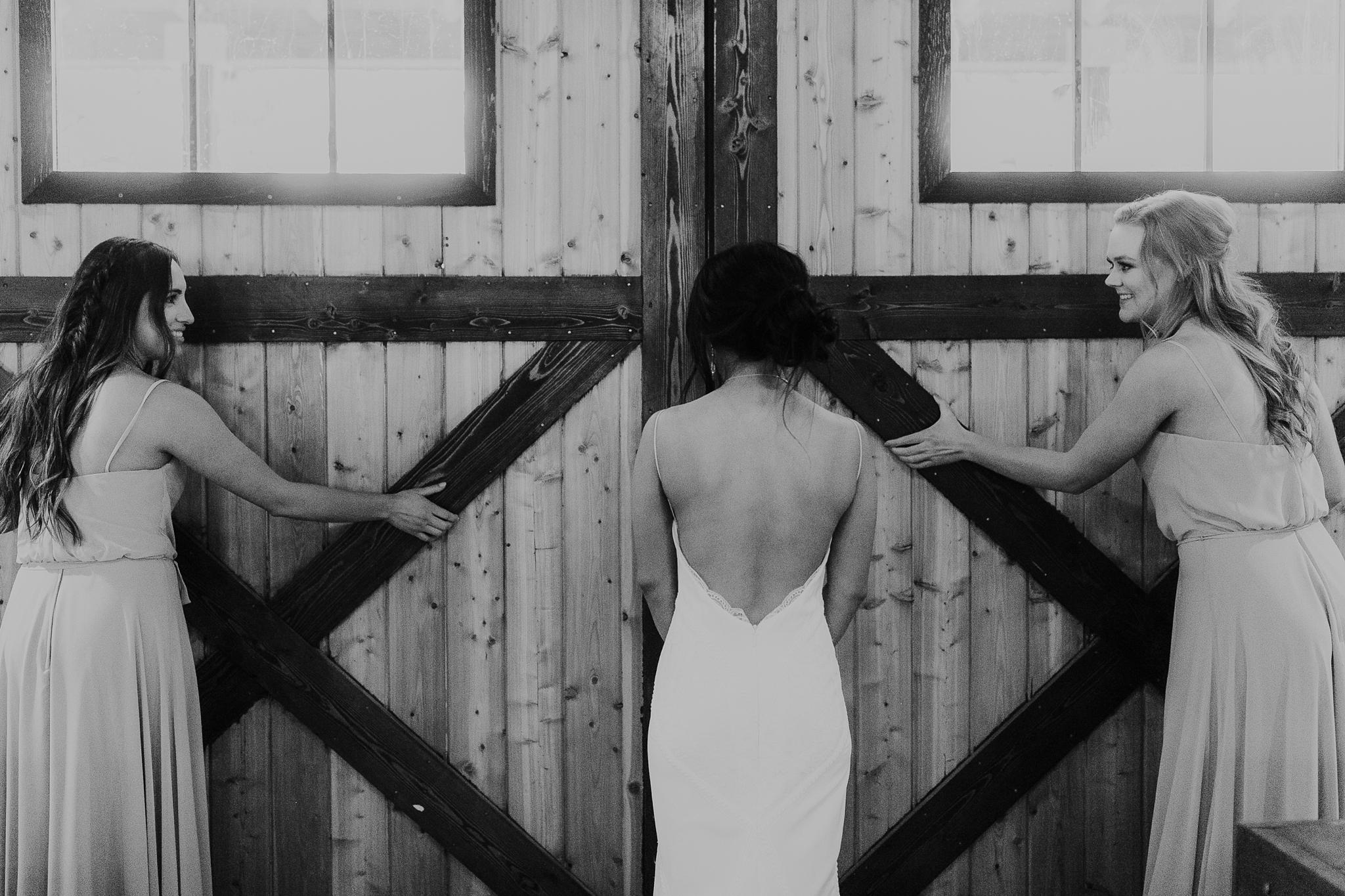 Alicia+lucia+photography+-+albuquerque+wedding+photographer+-+santa+fe+wedding+photography+-+new+mexico+wedding+photographer+-+new+mexico+wedding+-+new+mexico+wedding+-+barn+wedding+-+enchanted+vine+barn+wedding+-+ruidoso+wedding_0061.jpg