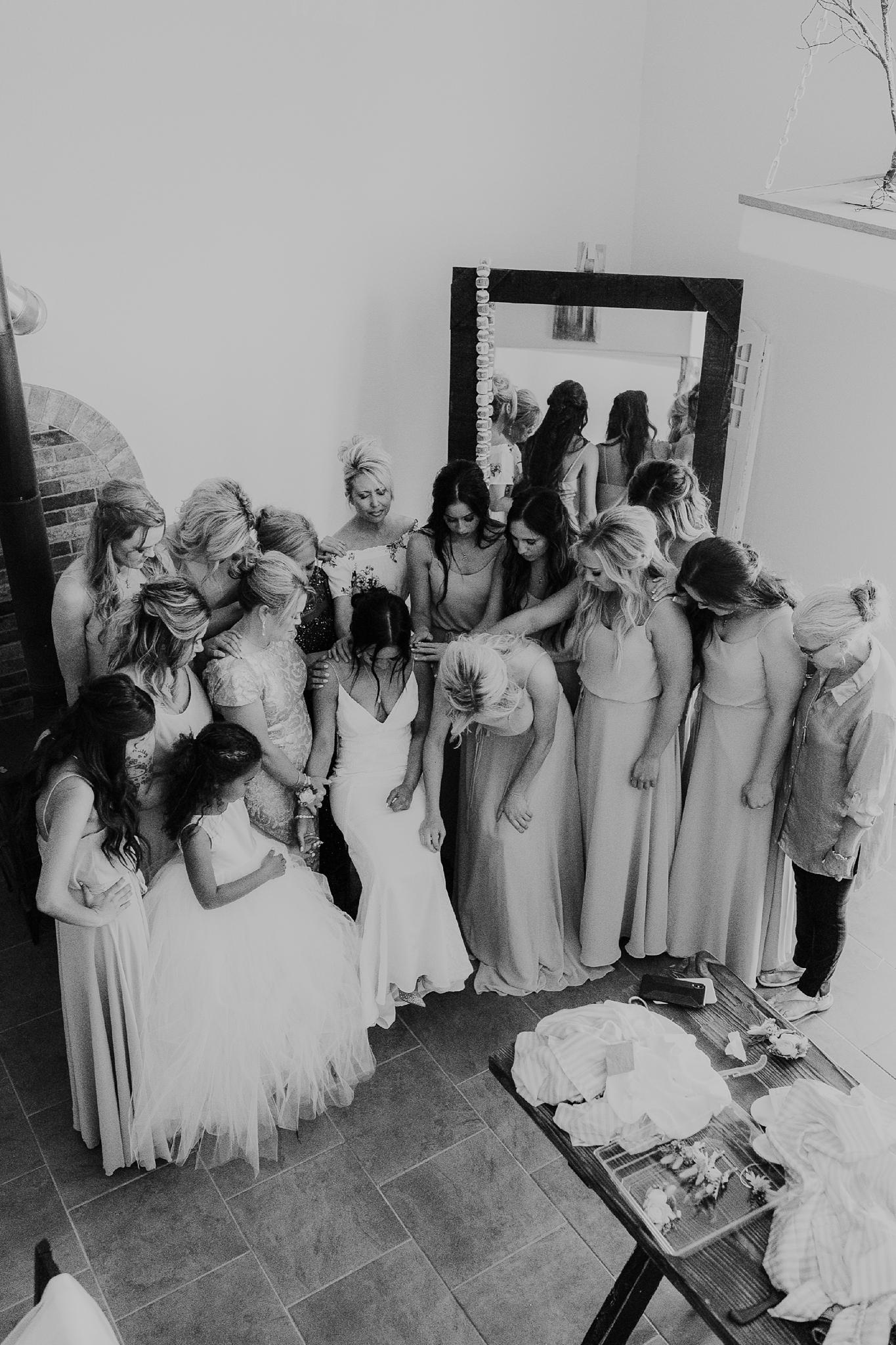 Alicia+lucia+photography+-+albuquerque+wedding+photographer+-+santa+fe+wedding+photography+-+new+mexico+wedding+photographer+-+new+mexico+wedding+-+new+mexico+wedding+-+barn+wedding+-+enchanted+vine+barn+wedding+-+ruidoso+wedding_0080.jpg