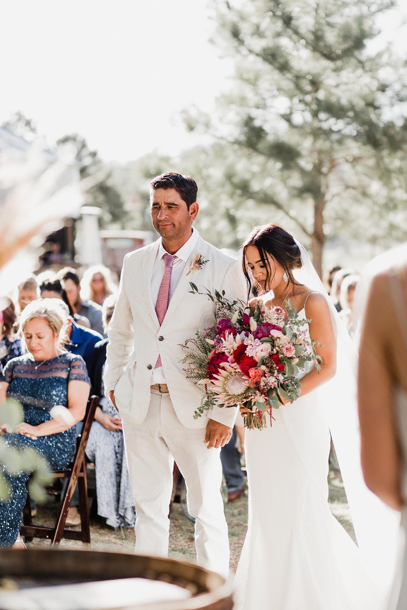 Alicia+lucia+photography+-+albuquerque+wedding+photographer+-+santa+fe+wedding+photography+-+new+mexico+wedding+photographer+-+new+mexico+wedding+-+new+mexico+wedding+-+barn+wedding+-+enchanted+vine+barn+wedding+-+ruidoso+wedding_0097.jpg