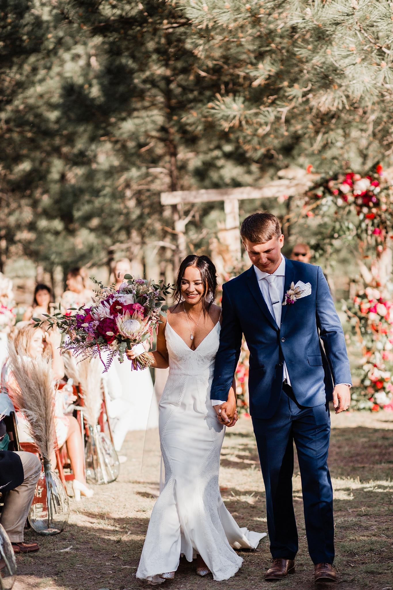 Alicia+lucia+photography+-+albuquerque+wedding+photographer+-+santa+fe+wedding+photography+-+new+mexico+wedding+photographer+-+new+mexico+wedding+-+new+mexico+wedding+-+barn+wedding+-+enchanted+vine+barn+wedding+-+ruidoso+wedding_0116.jpg