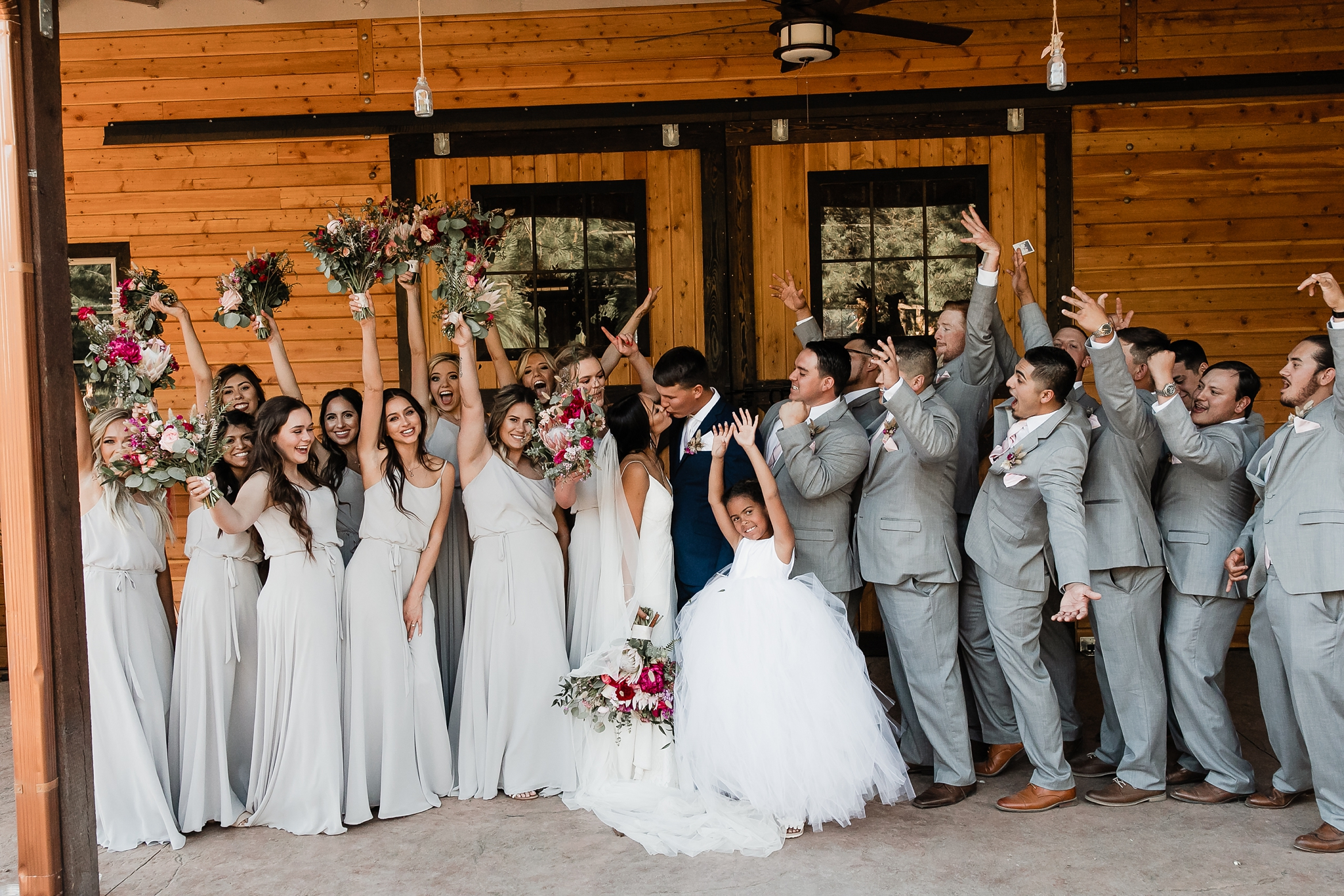 Alicia+lucia+photography+-+albuquerque+wedding+photographer+-+santa+fe+wedding+photography+-+new+mexico+wedding+photographer+-+new+mexico+wedding+-+new+mexico+wedding+-+barn+wedding+-+enchanted+vine+barn+wedding+-+ruidoso+wedding_0117.jpg