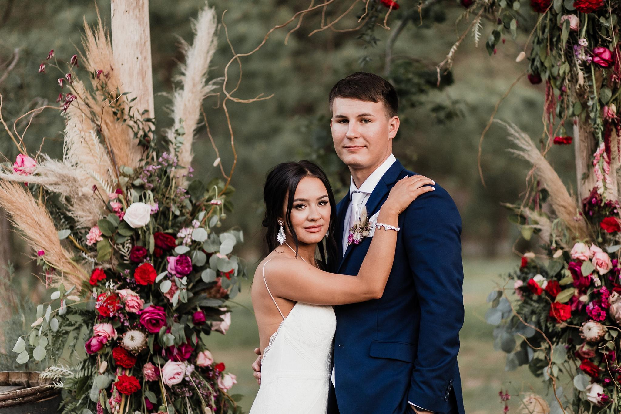 Alicia+lucia+photography+-+albuquerque+wedding+photographer+-+santa+fe+wedding+photography+-+new+mexico+wedding+photographer+-+new+mexico+wedding+-+new+mexico+wedding+-+barn+wedding+-+enchanted+vine+barn+wedding+-+ruidoso+wedding_0141.jpg