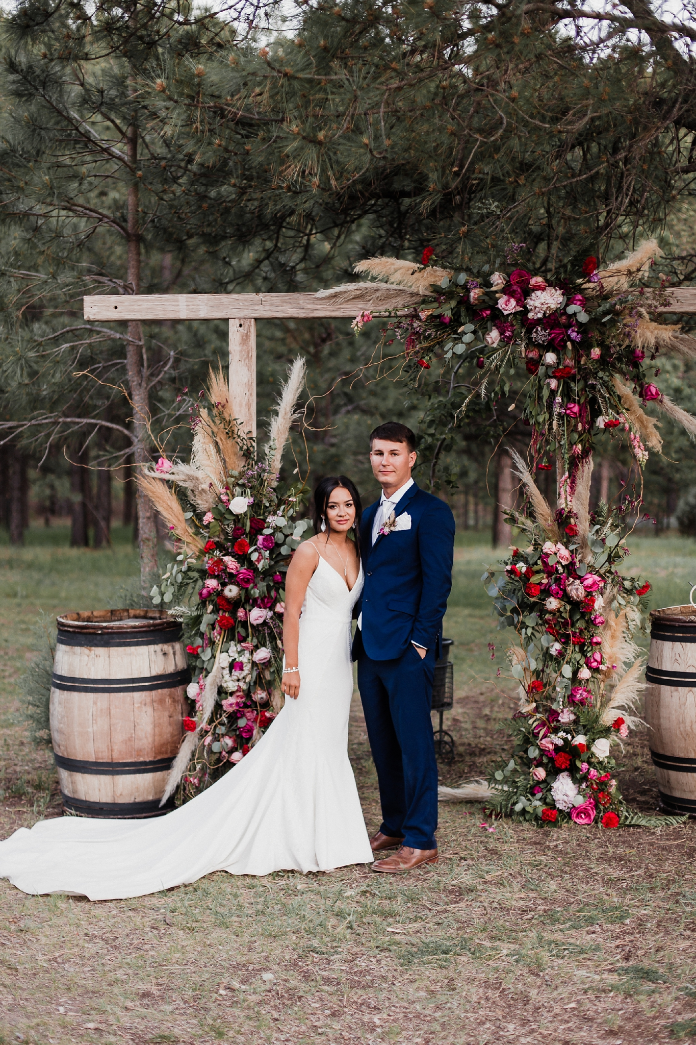 Alicia+lucia+photography+-+albuquerque+wedding+photographer+-+santa+fe+wedding+photography+-+new+mexico+wedding+photographer+-+new+mexico+wedding+-+new+mexico+wedding+-+barn+wedding+-+enchanted+vine+barn+wedding+-+ruidoso+wedding_0140.jpg
