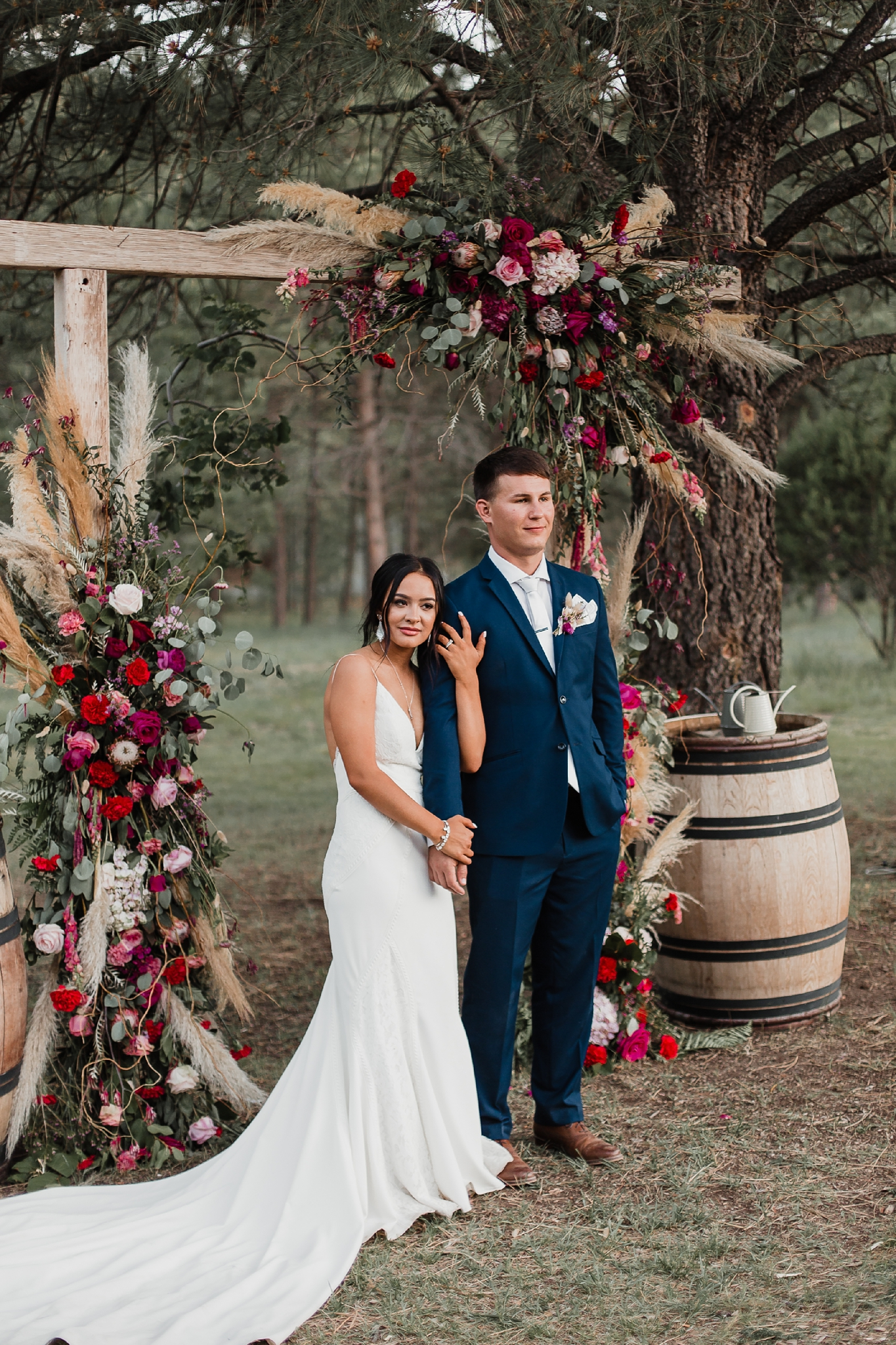 Alicia+lucia+photography+-+albuquerque+wedding+photographer+-+santa+fe+wedding+photography+-+new+mexico+wedding+photographer+-+new+mexico+wedding+-+new+mexico+wedding+-+barn+wedding+-+enchanted+vine+barn+wedding+-+ruidoso+wedding_0142.jpg