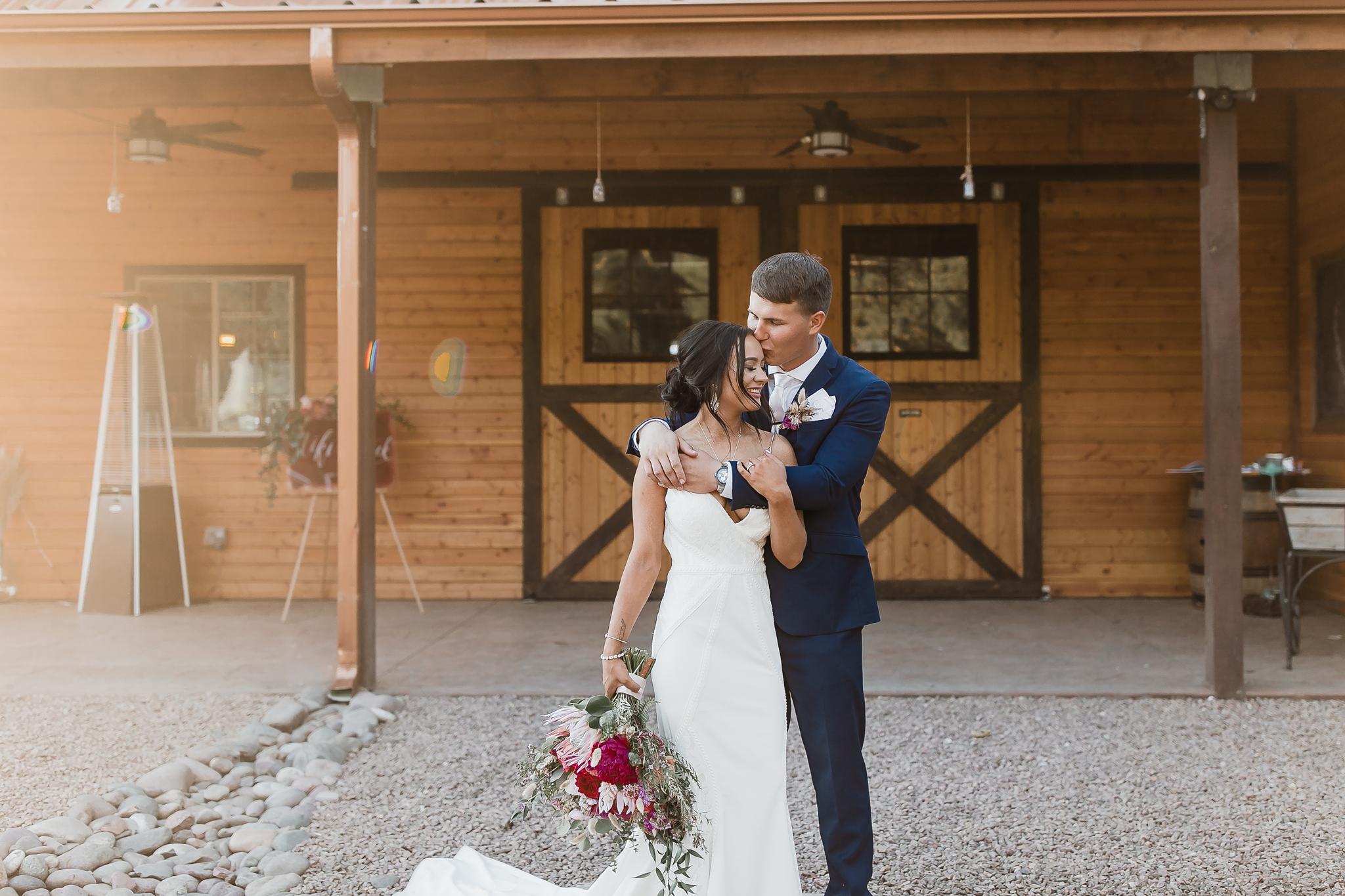 Alicia+lucia+photography+-+albuquerque+wedding+photographer+-+santa+fe+wedding+photography+-+new+mexico+wedding+photographer+-+new+mexico+wedding+-+new+mexico+wedding+-+barn+wedding+-+enchanted+vine+barn+wedding+-+ruidoso+wedding_0144.jpg