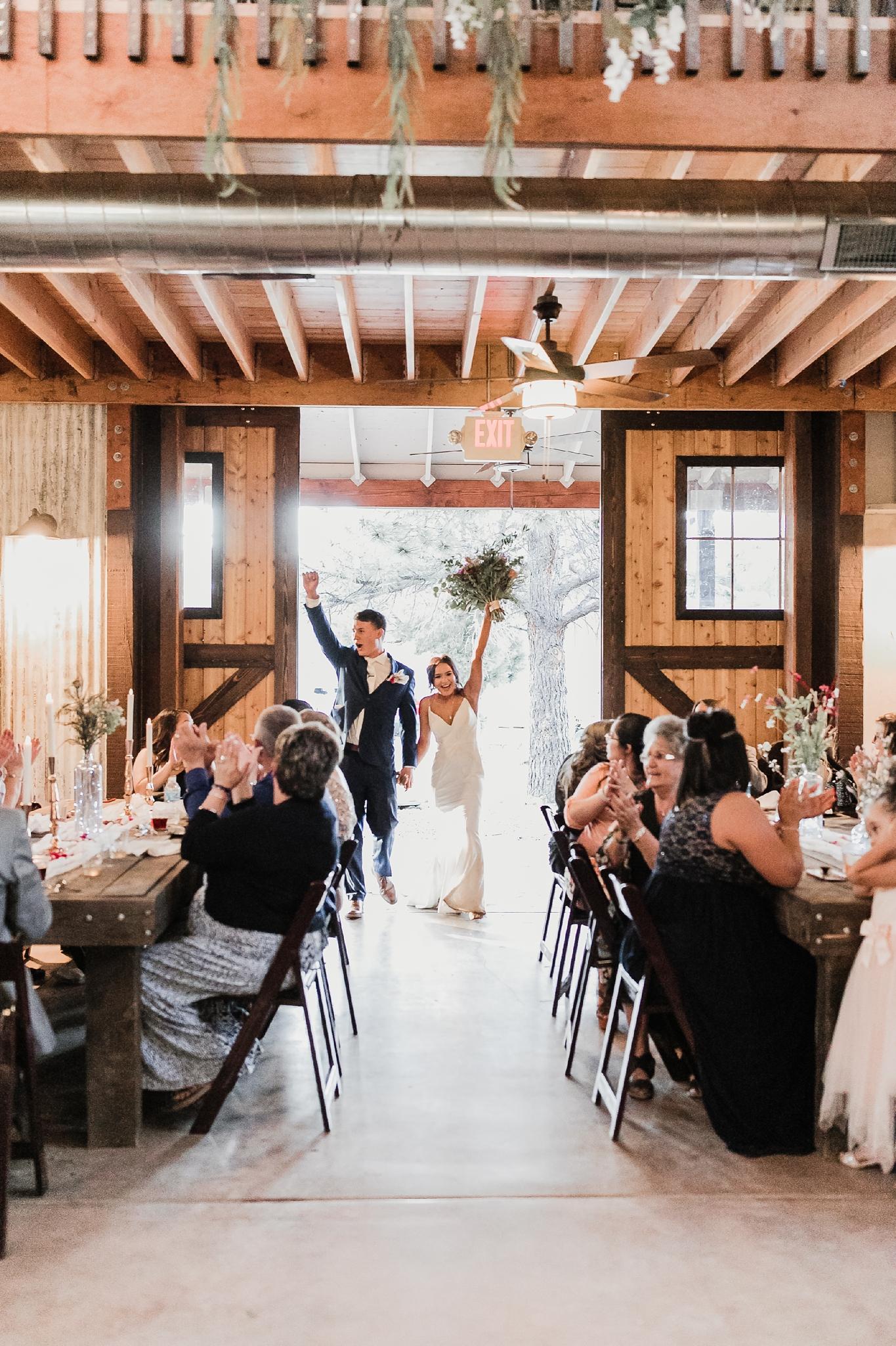 Alicia+lucia+photography+-+albuquerque+wedding+photographer+-+santa+fe+wedding+photography+-+new+mexico+wedding+photographer+-+new+mexico+wedding+-+new+mexico+wedding+-+barn+wedding+-+enchanted+vine+barn+wedding+-+ruidoso+wedding_0147.jpg