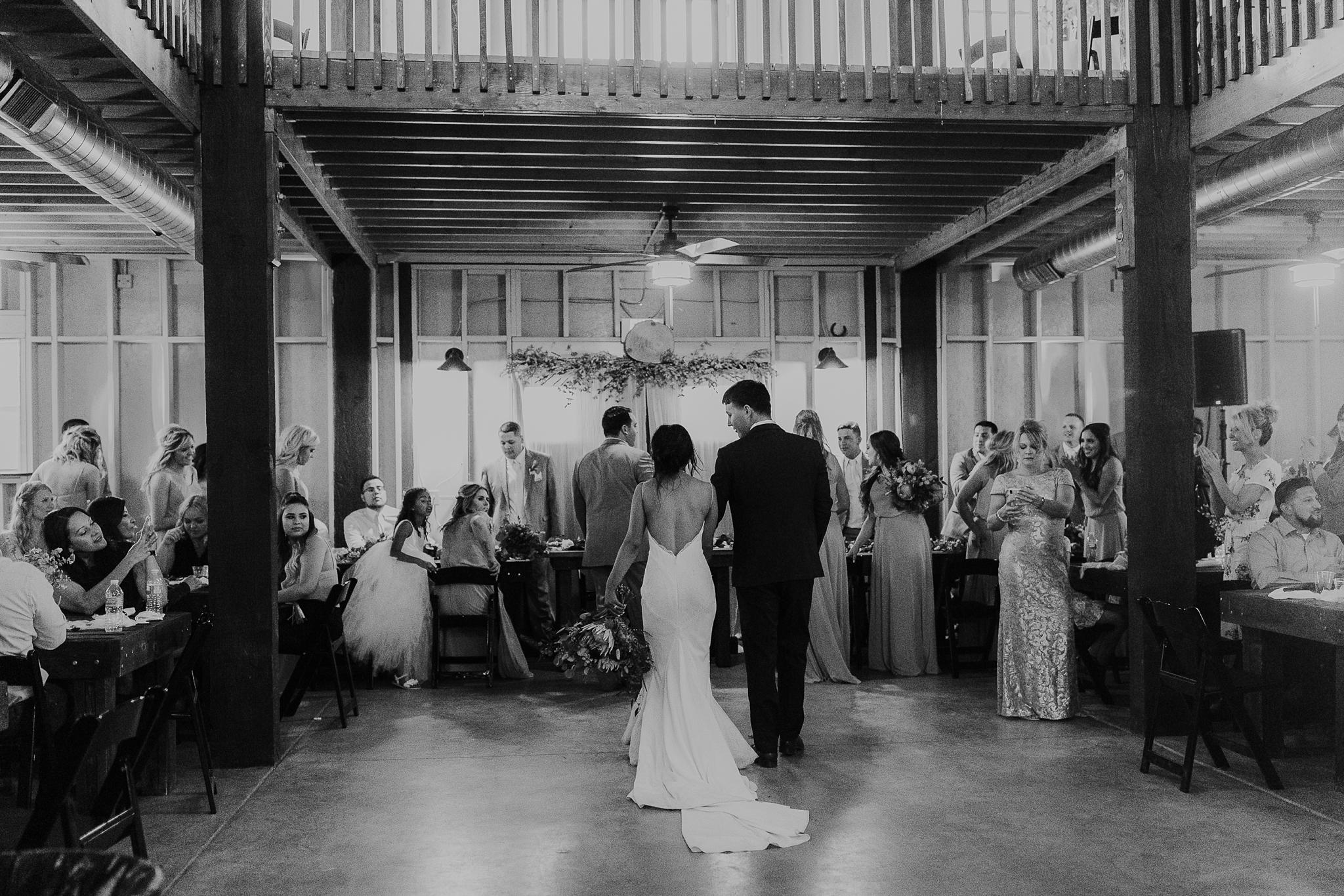 Alicia+lucia+photography+-+albuquerque+wedding+photographer+-+santa+fe+wedding+photography+-+new+mexico+wedding+photographer+-+new+mexico+wedding+-+new+mexico+wedding+-+barn+wedding+-+enchanted+vine+barn+wedding+-+ruidoso+wedding_0149.jpg