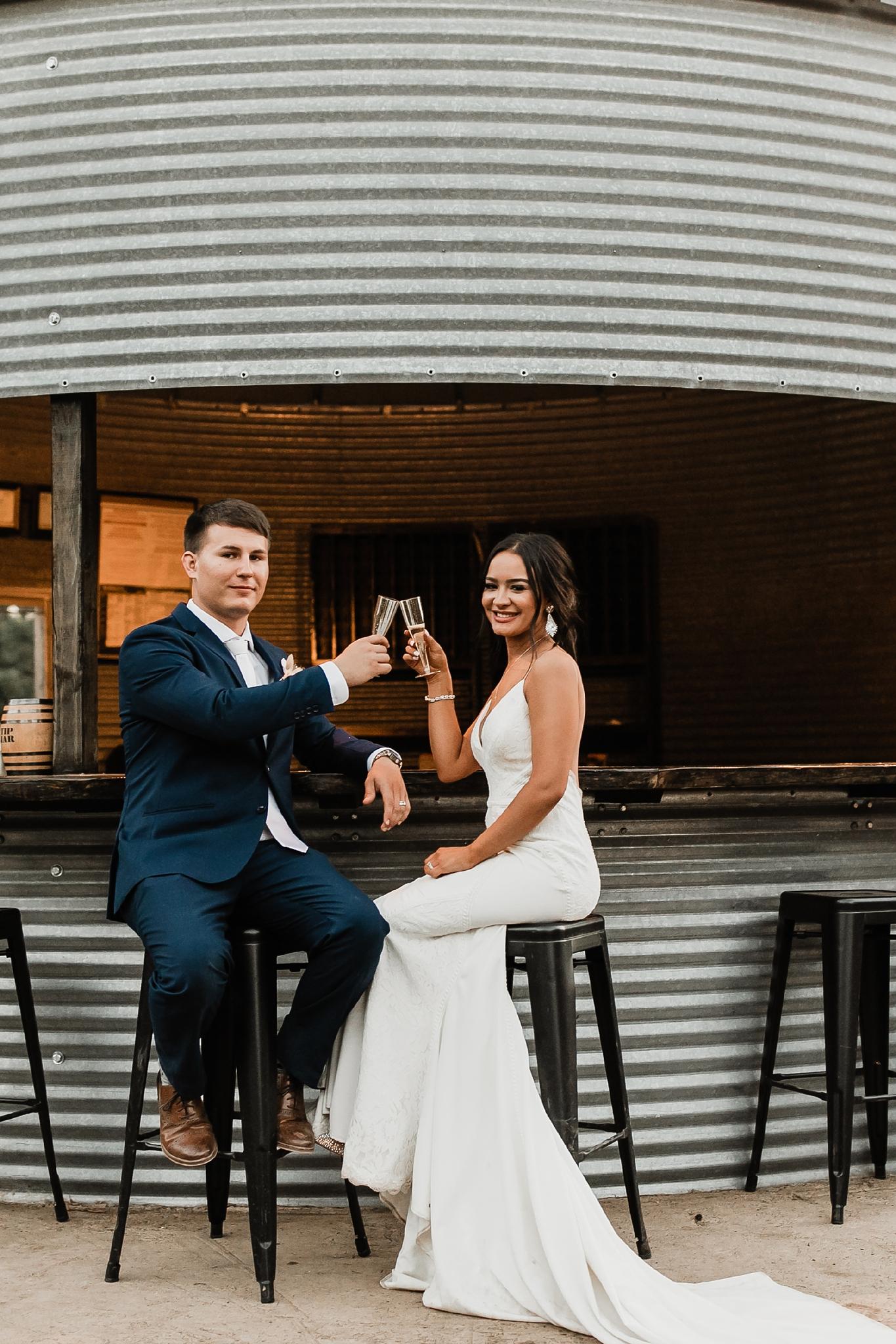 Alicia+lucia+photography+-+albuquerque+wedding+photographer+-+santa+fe+wedding+photography+-+new+mexico+wedding+photographer+-+new+mexico+wedding+-+new+mexico+wedding+-+barn+wedding+-+enchanted+vine+barn+wedding+-+ruidoso+wedding_0157.jpg
