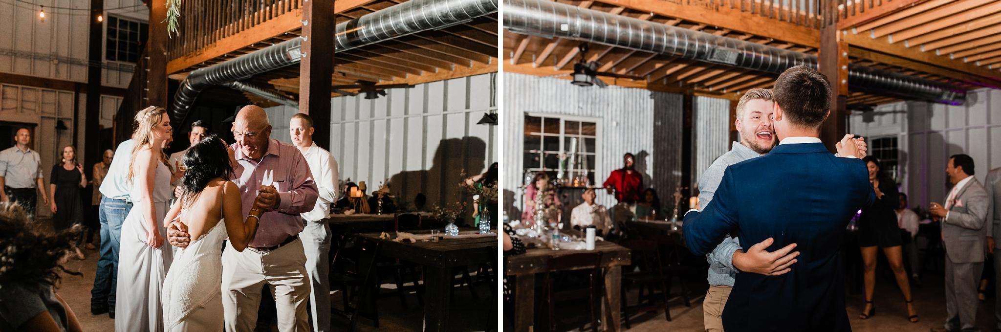Alicia+lucia+photography+-+albuquerque+wedding+photographer+-+santa+fe+wedding+photography+-+new+mexico+wedding+photographer+-+new+mexico+wedding+-+new+mexico+wedding+-+barn+wedding+-+enchanted+vine+barn+wedding+-+ruidoso+wedding_0172.jpg