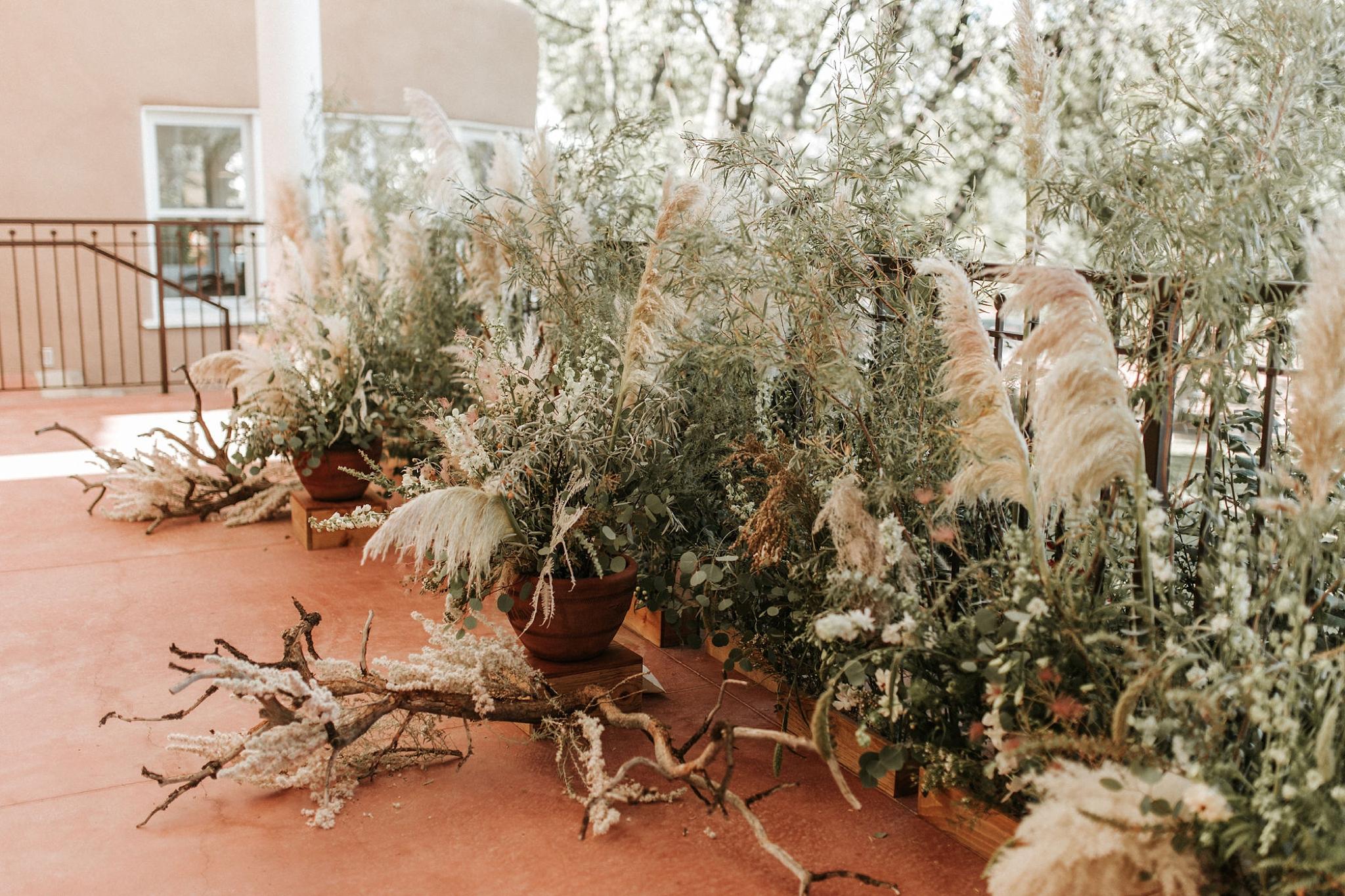 Alicia+lucia+photography+-+albuquerque+wedding+photographer+-+santa+fe+wedding+photography+-+new+mexico+wedding+photographer+-+new+mexico+wedding+-+new+mexico+wedding+-+wedding+florals+-+desert+wedding+-+wedding+trends_0022.jpg