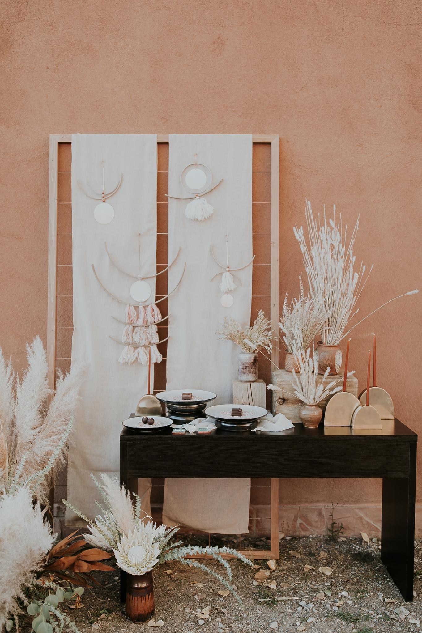 Alicia+lucia+photography+-+albuquerque+wedding+photographer+-+santa+fe+wedding+photography+-+new+mexico+wedding+photographer+-+new+mexico+wedding+-+new+mexico+wedding+-+wedding+florals+-+desert+wedding+-+wedding+trends_0054.jpg