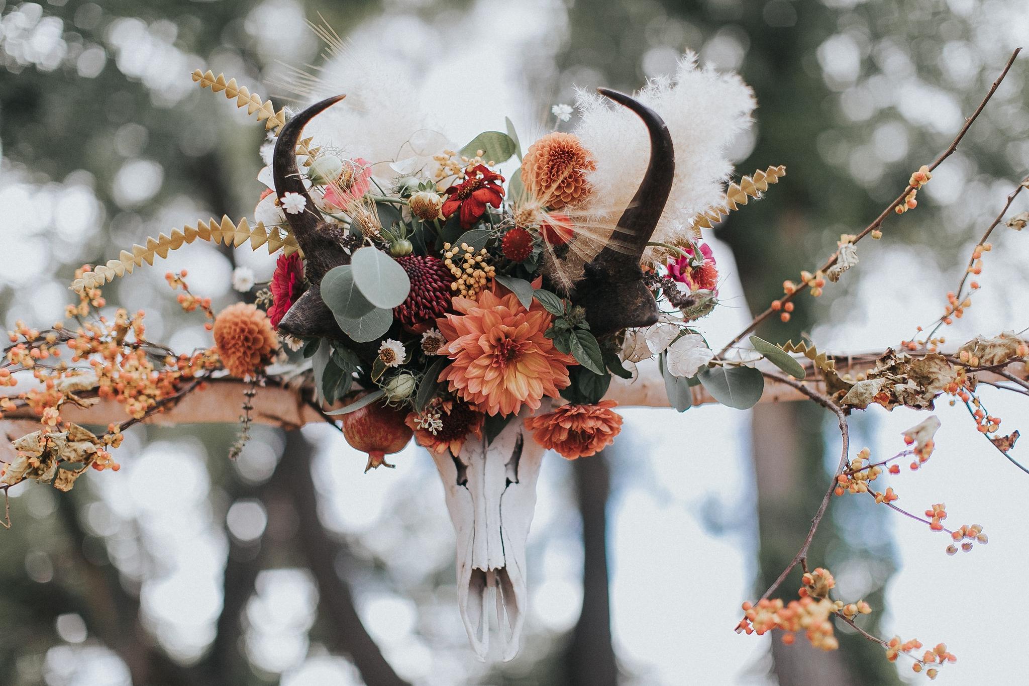 Alicia+lucia+photography+-+albuquerque+wedding+photographer+-+santa+fe+wedding+photography+-+new+mexico+wedding+photographer+-+new+mexico+wedding+-+new+mexico+wedding+-+wedding+florals+-+desert+wedding+-+wedding+trends_0065.jpg