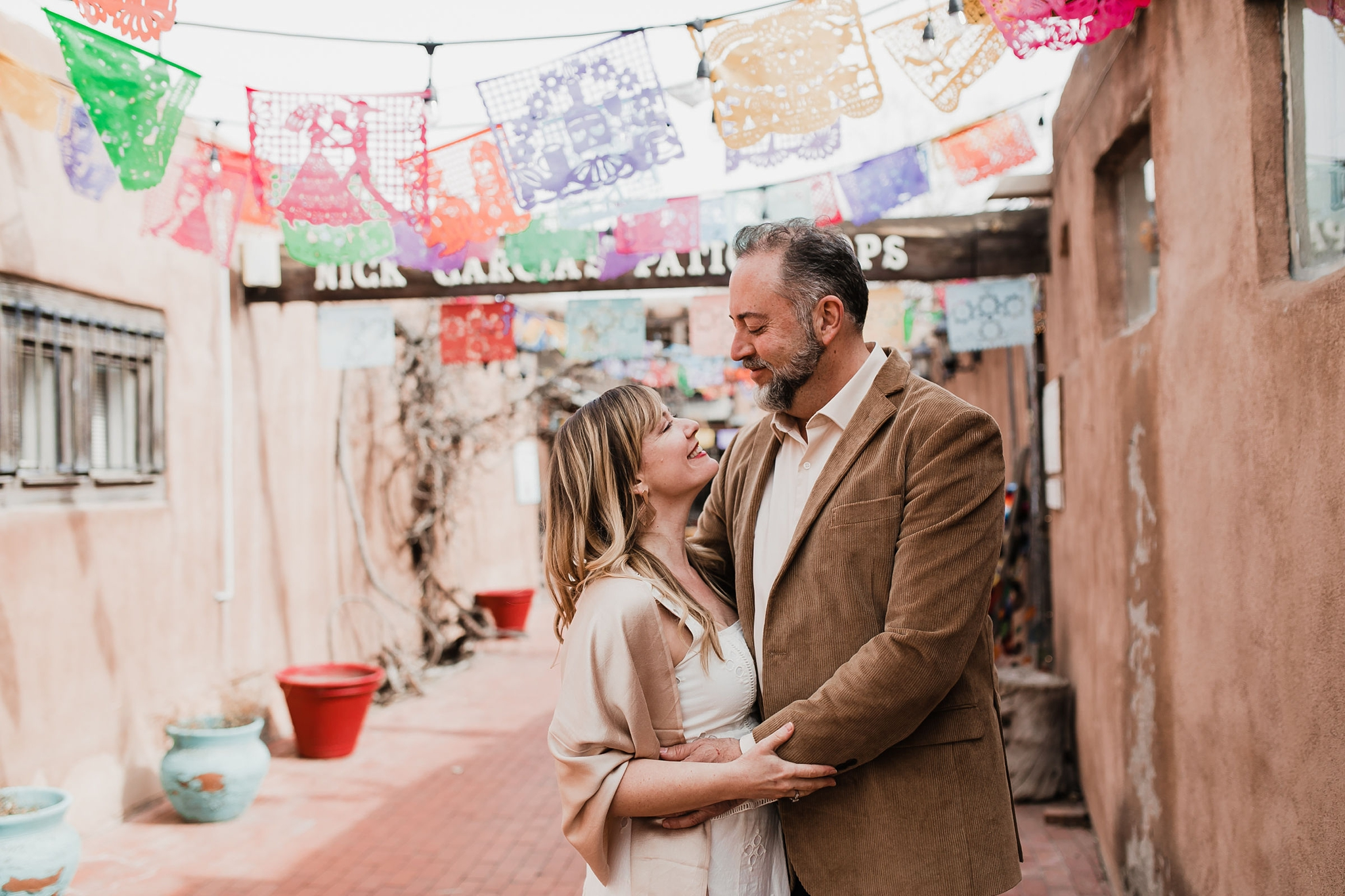Alicia+lucia+photography+-+albuquerque+wedding+photographer+-+santa+fe+wedding+photography+-+new+mexico+wedding+photographer+-+new+mexico+wedding+-+new+mexico+engagement+-+albuquerque+engagement+-+old+town+engagement_0024.jpg