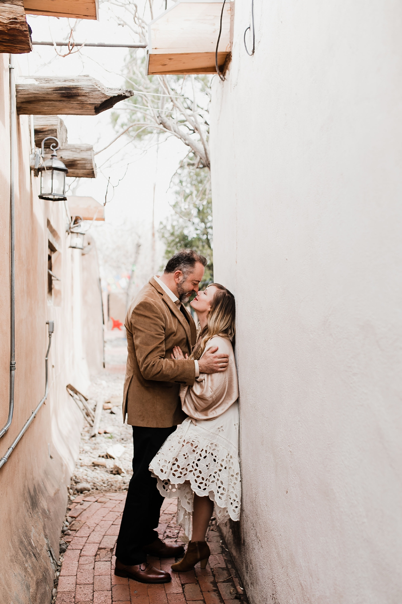 Alicia+lucia+photography+-+albuquerque+wedding+photographer+-+santa+fe+wedding+photography+-+new+mexico+wedding+photographer+-+new+mexico+wedding+-+new+mexico+engagement+-+albuquerque+engagement+-+old+town+engagement_0027.jpg