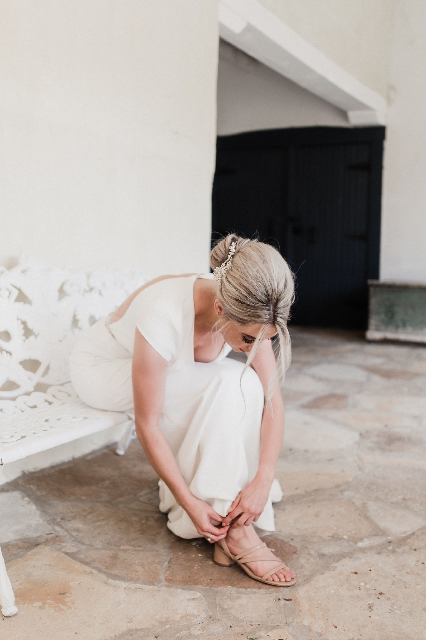 Alicia+lucia+photography+-+albuquerque+wedding+photographer+-+santa+fe+wedding+photography+-+new+mexico+wedding+photographer+-+new+mexico+wedding+-+new+mexico+wedding+-+colorado+wedding+-+bridal+shoes+-+bridal+inspo_0009.jpg