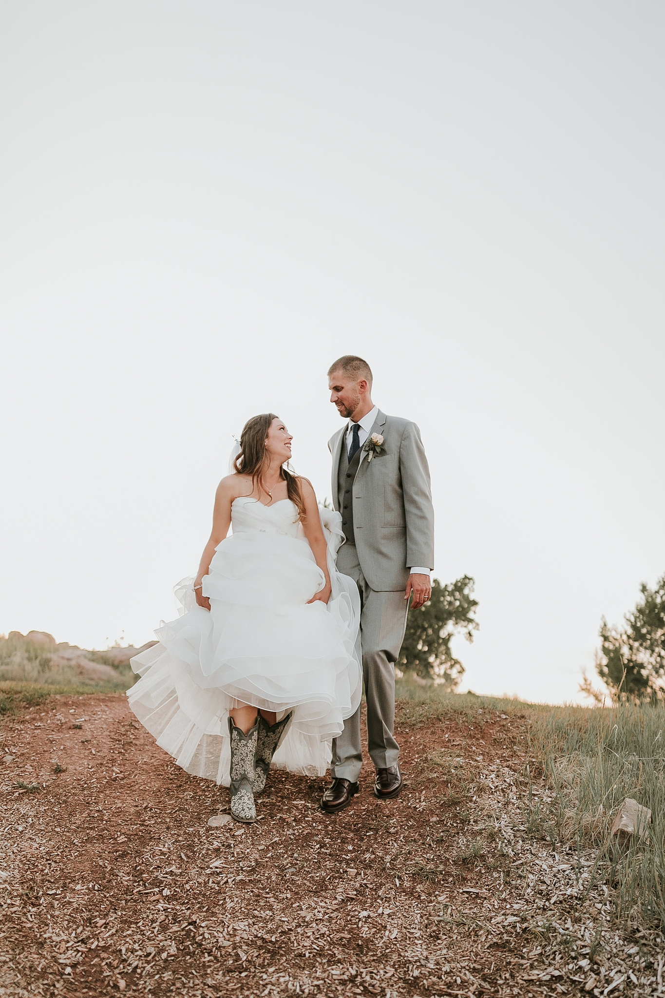 Alicia+lucia+photography+-+albuquerque+wedding+photographer+-+santa+fe+wedding+photography+-+new+mexico+wedding+photographer+-+new+mexico+wedding+-+new+mexico+wedding+-+colorado+wedding+-+bridal+shoes+-+bridal+inspo_0021.jpg