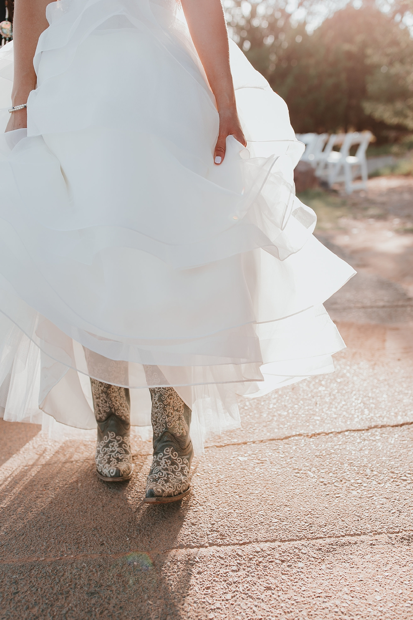 Alicia+lucia+photography+-+albuquerque+wedding+photographer+-+santa+fe+wedding+photography+-+new+mexico+wedding+photographer+-+new+mexico+wedding+-+new+mexico+wedding+-+colorado+wedding+-+bridal+shoes+-+bridal+inspo_0022.jpg