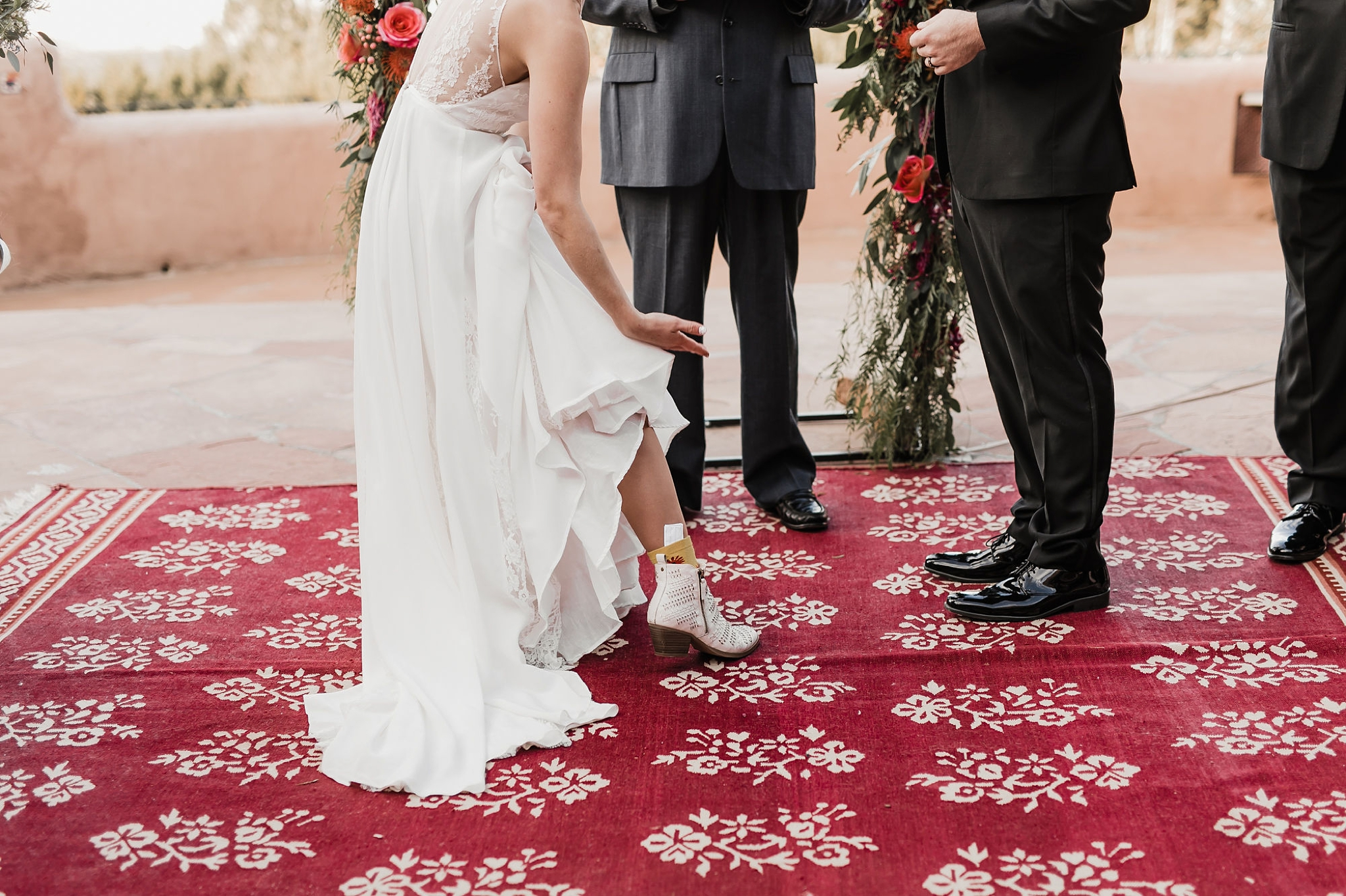 Alicia+lucia+photography+-+albuquerque+wedding+photographer+-+santa+fe+wedding+photography+-+new+mexico+wedding+photographer+-+new+mexico+wedding+-+new+mexico+wedding+-+colorado+wedding+-+bridal+shoes+-+bridal+inspo_0029.jpg