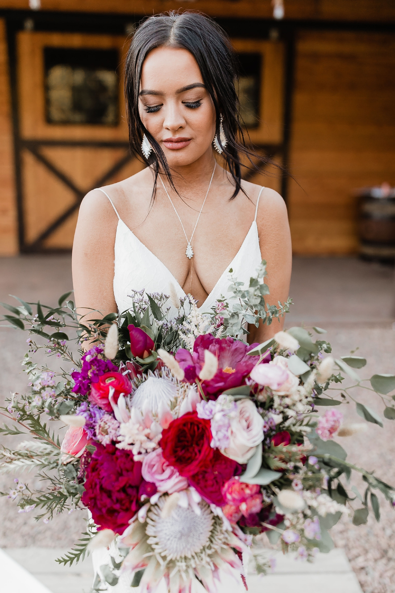 Alicia+lucia+photography+-+albuquerque+wedding+photographer+-+santa+fe+wedding+photography+-+new+mexico+wedding+photographer+-+new+mexico+wedding+-+summer+wedding+-+summer+wedding+florals+-+southwest+wedding_0016.jpg